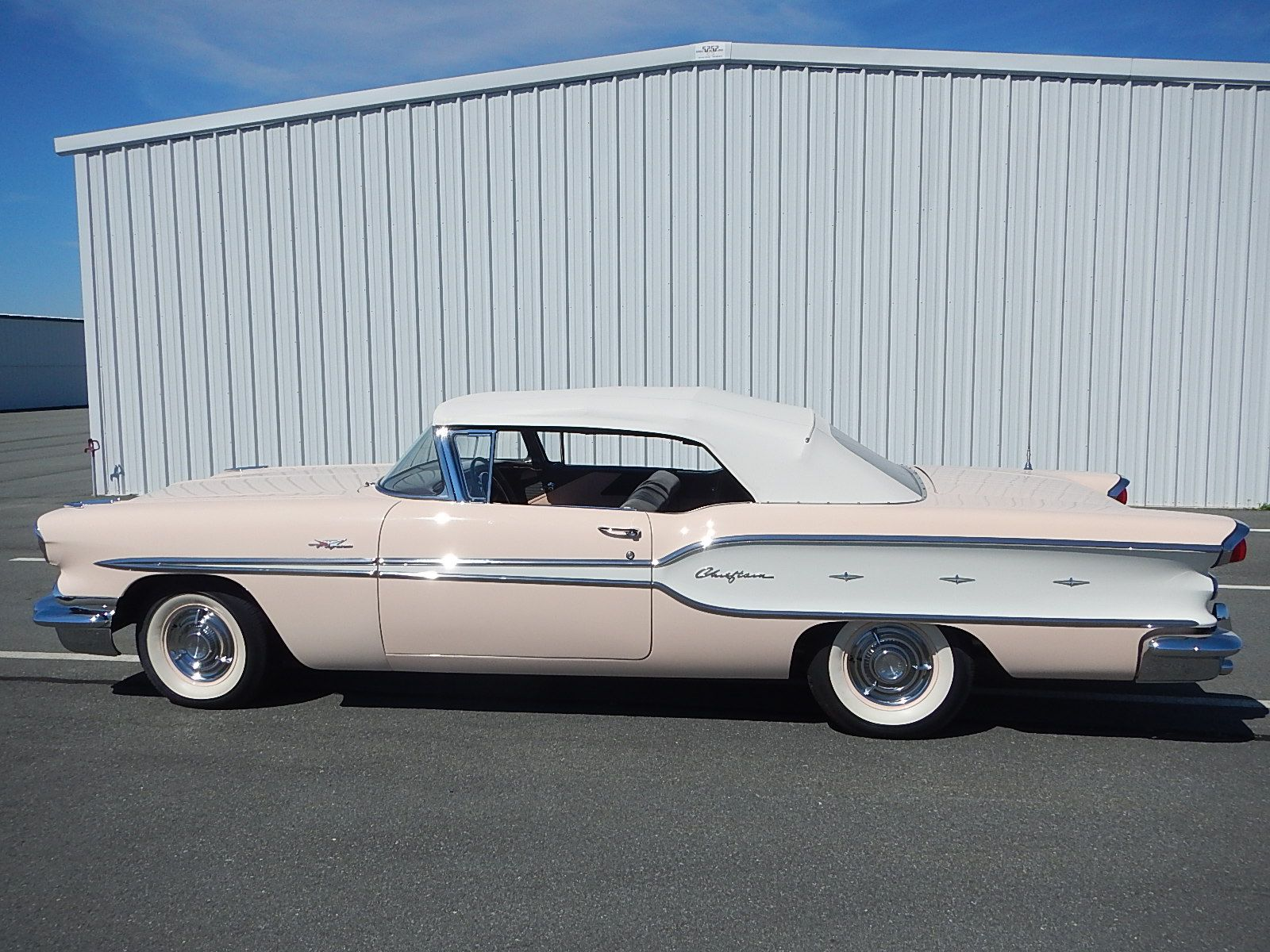 1958 Pontiac Chieftain Convertible - Tri Power aaca - 172.jpg