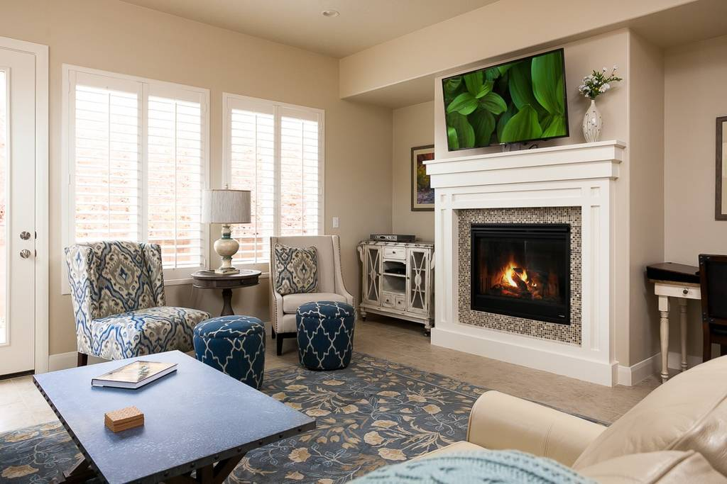 Get together at Zions gate I and II whole duplex 18 beds 7 baths