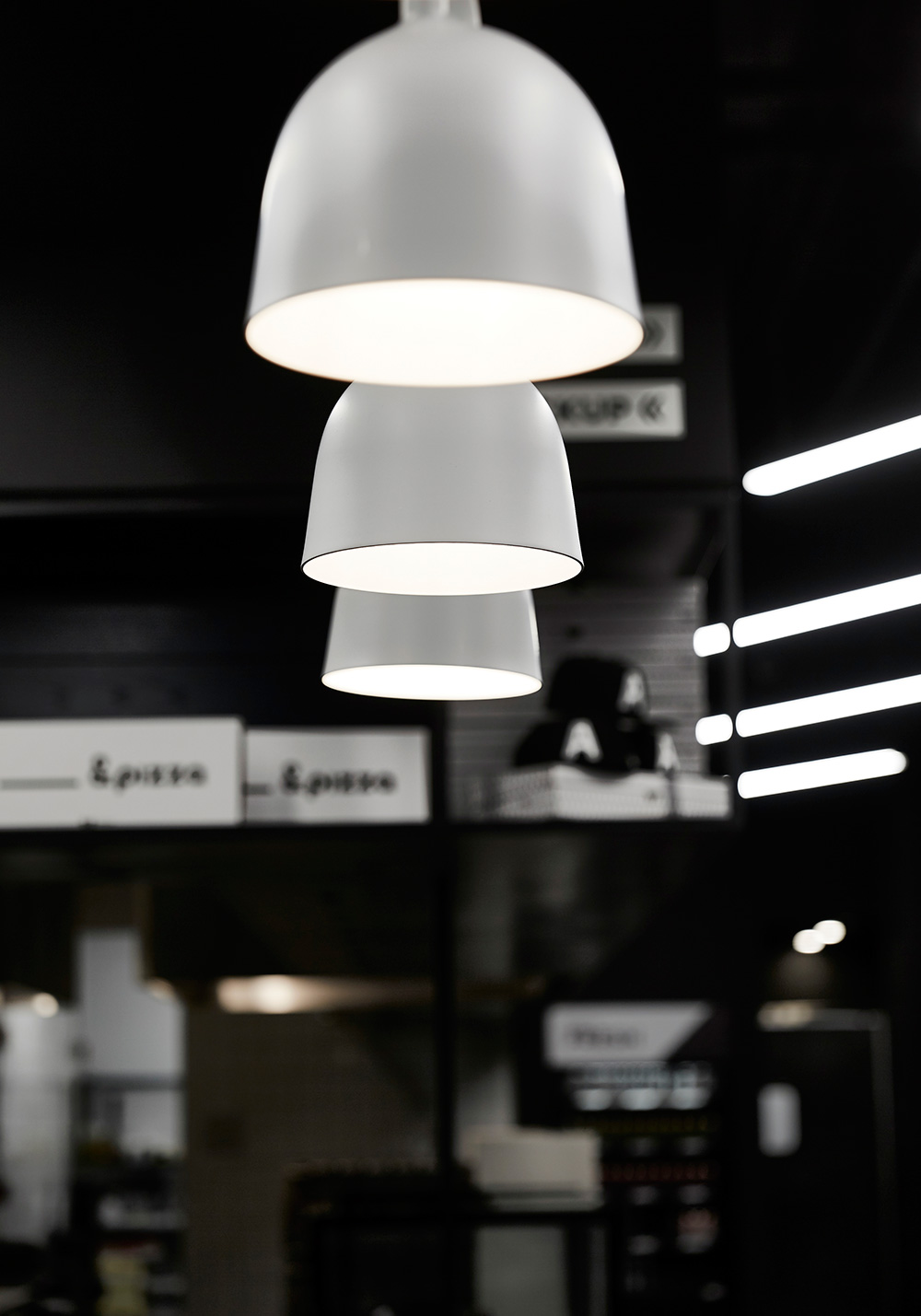 EAU-&Pizza-Astor-light-detail.jpg