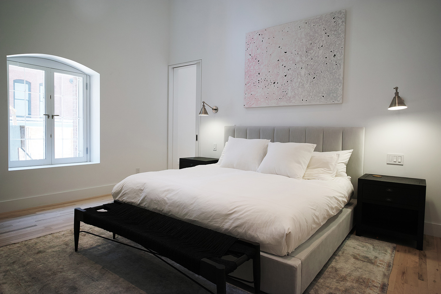 EAU-Tribeca-Loft-master-bedroom.jpg