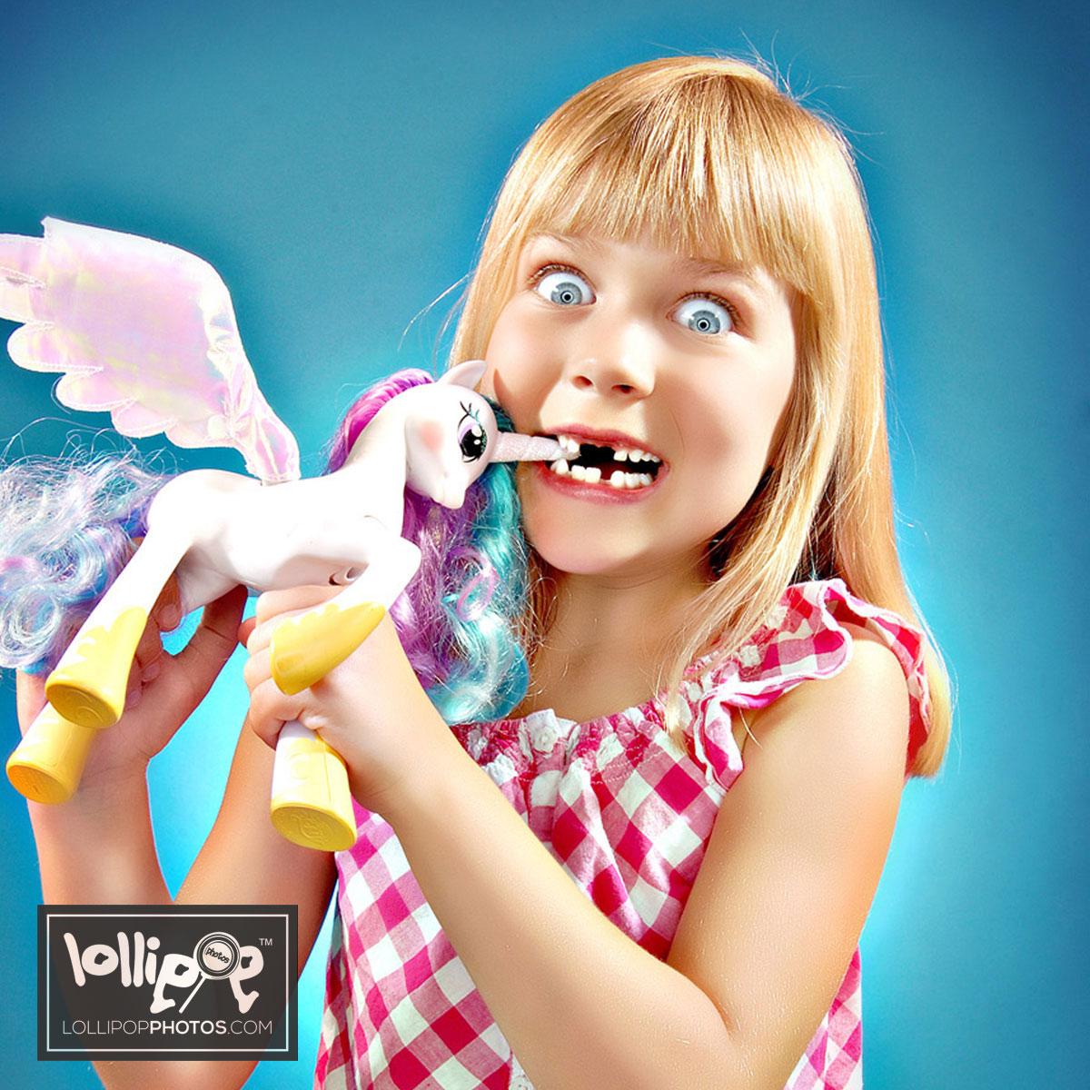 msdig-nora-canfield-lollipop-photos-323.jpg
