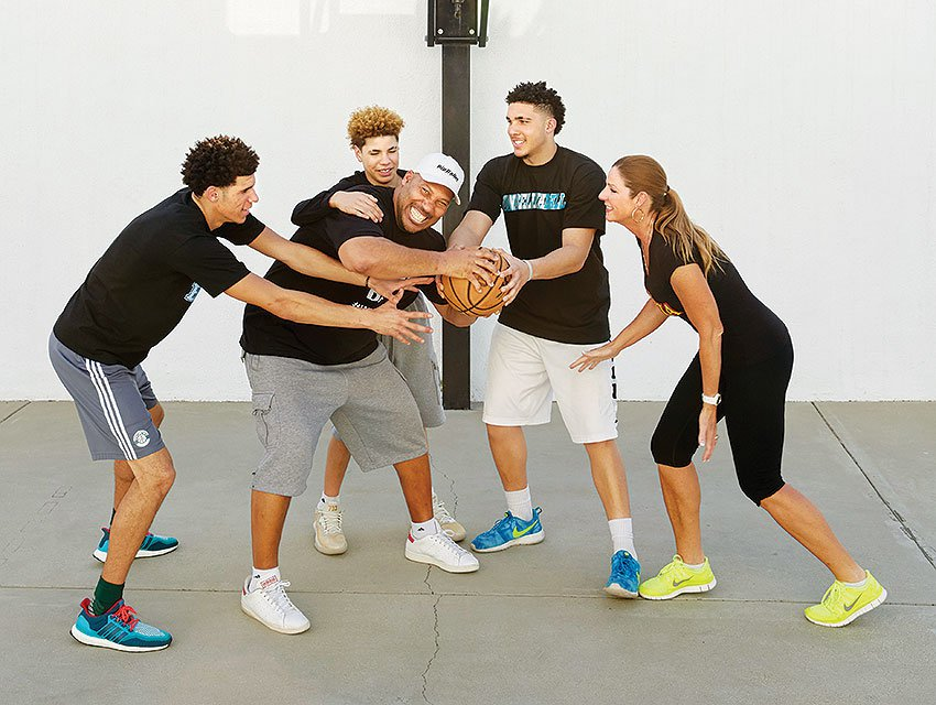 Lavar Ball and his Family.