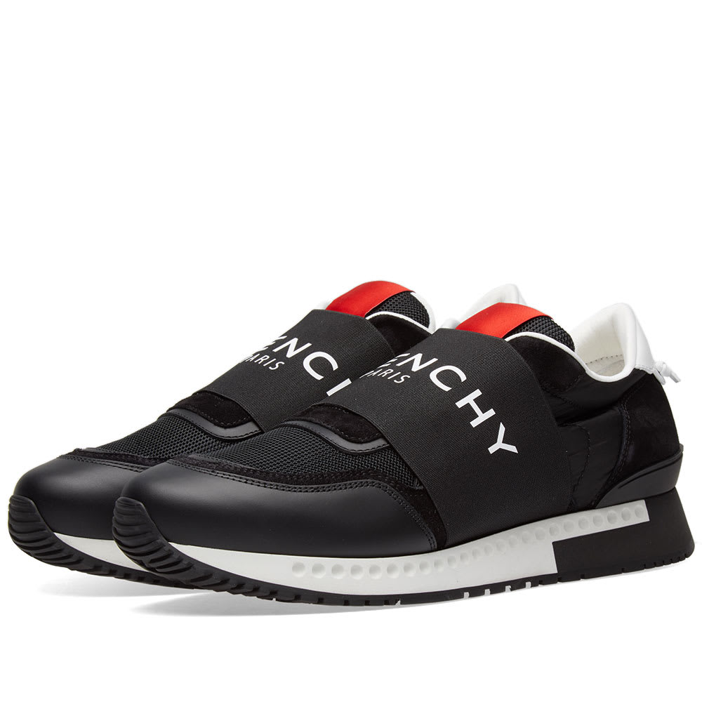 13-02-2018_givenchy_activerunnerlogosneaker_black_bh0001h031-001_th_1.jpg