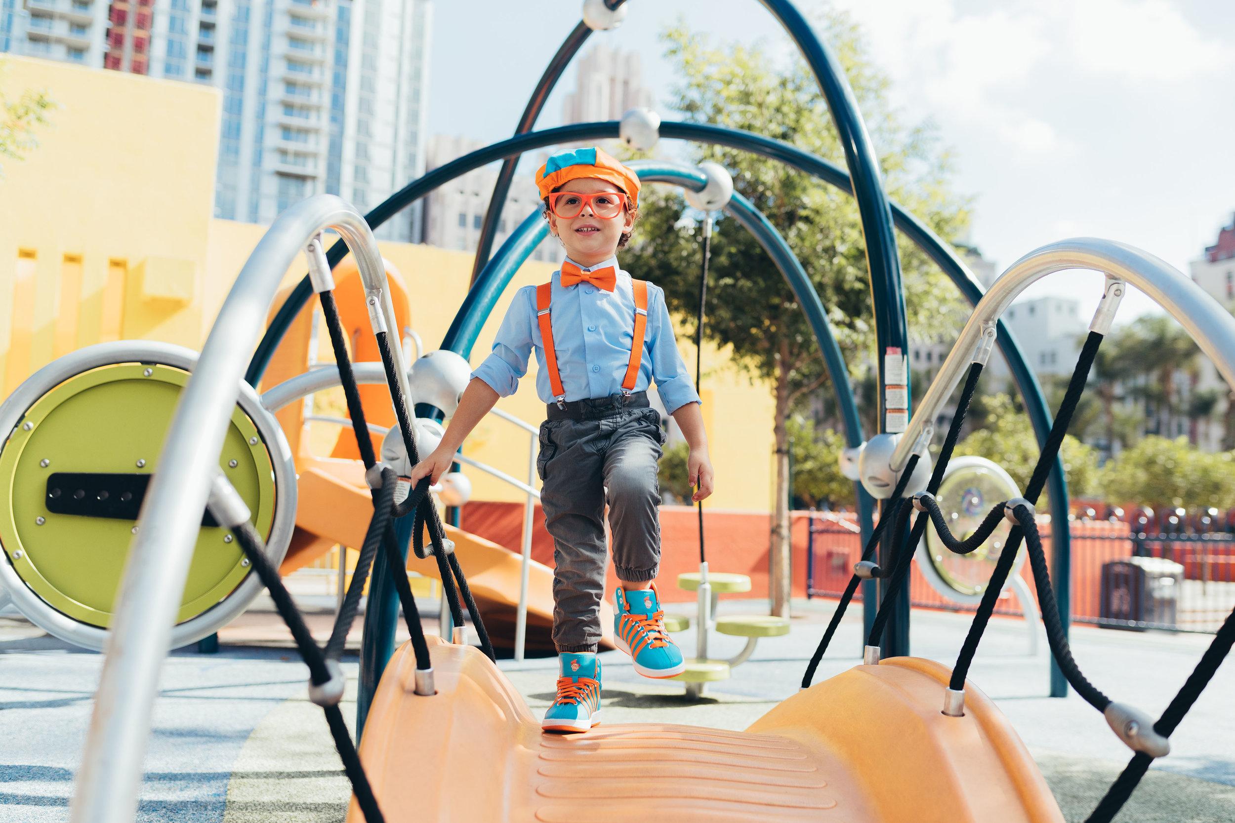 kswiss-blippi-lifestyle-outdoors-kids-web-3.jpg