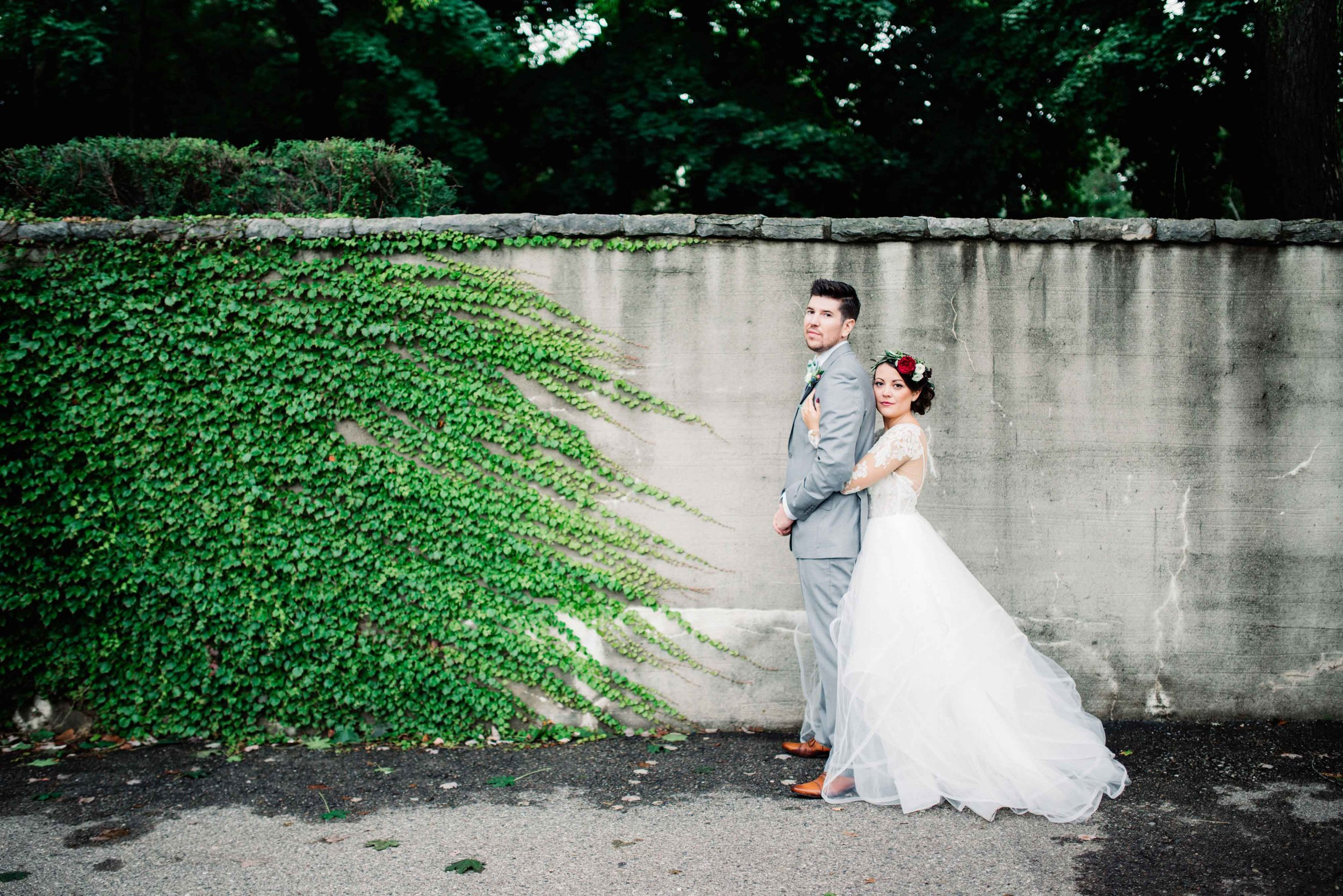 House-of-White-real-bride-Hayley-Paige-wedding-gown