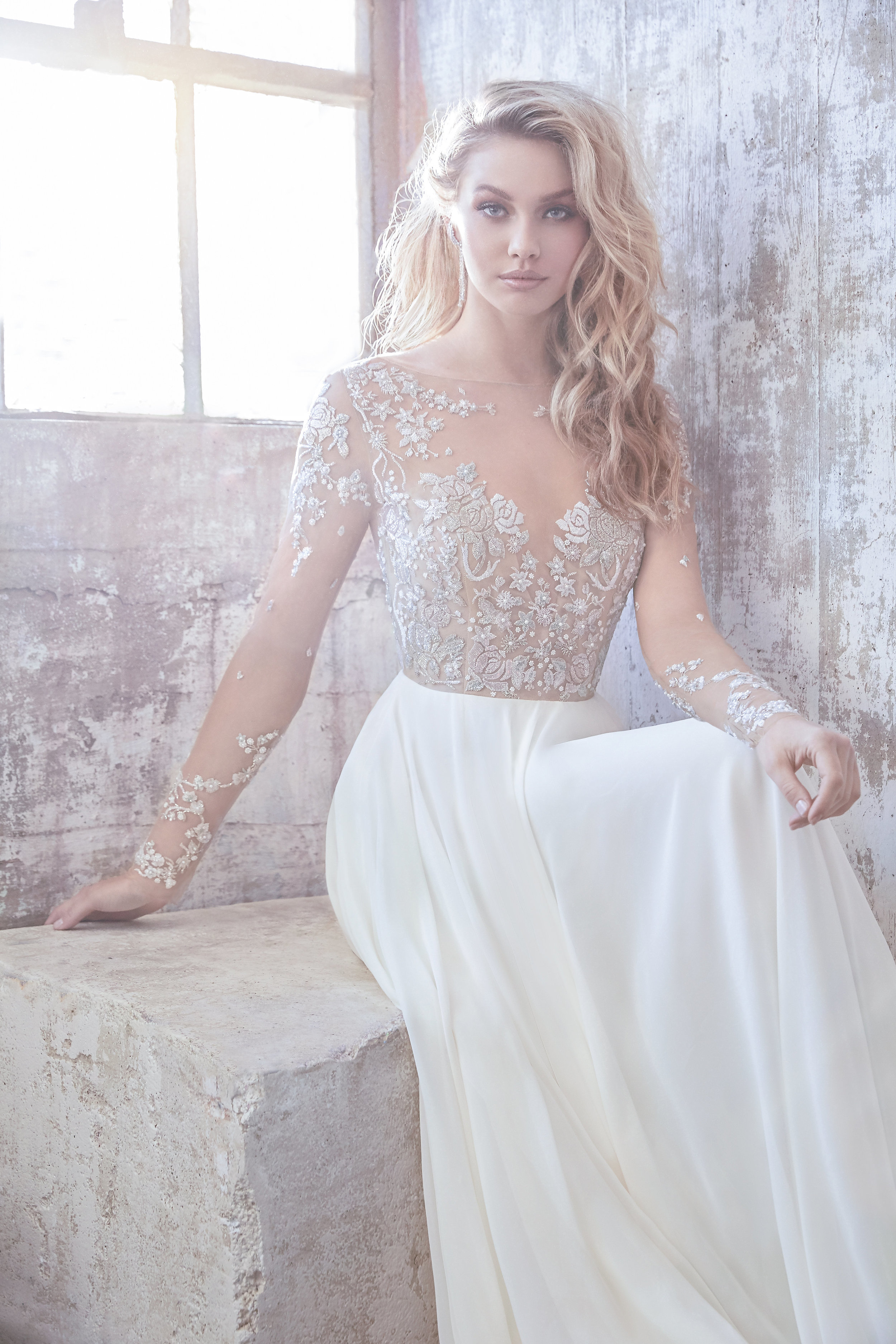 Hayley-Paige-Pascal-Gown-House-Of-White-Bridal-Boutique-Indiana