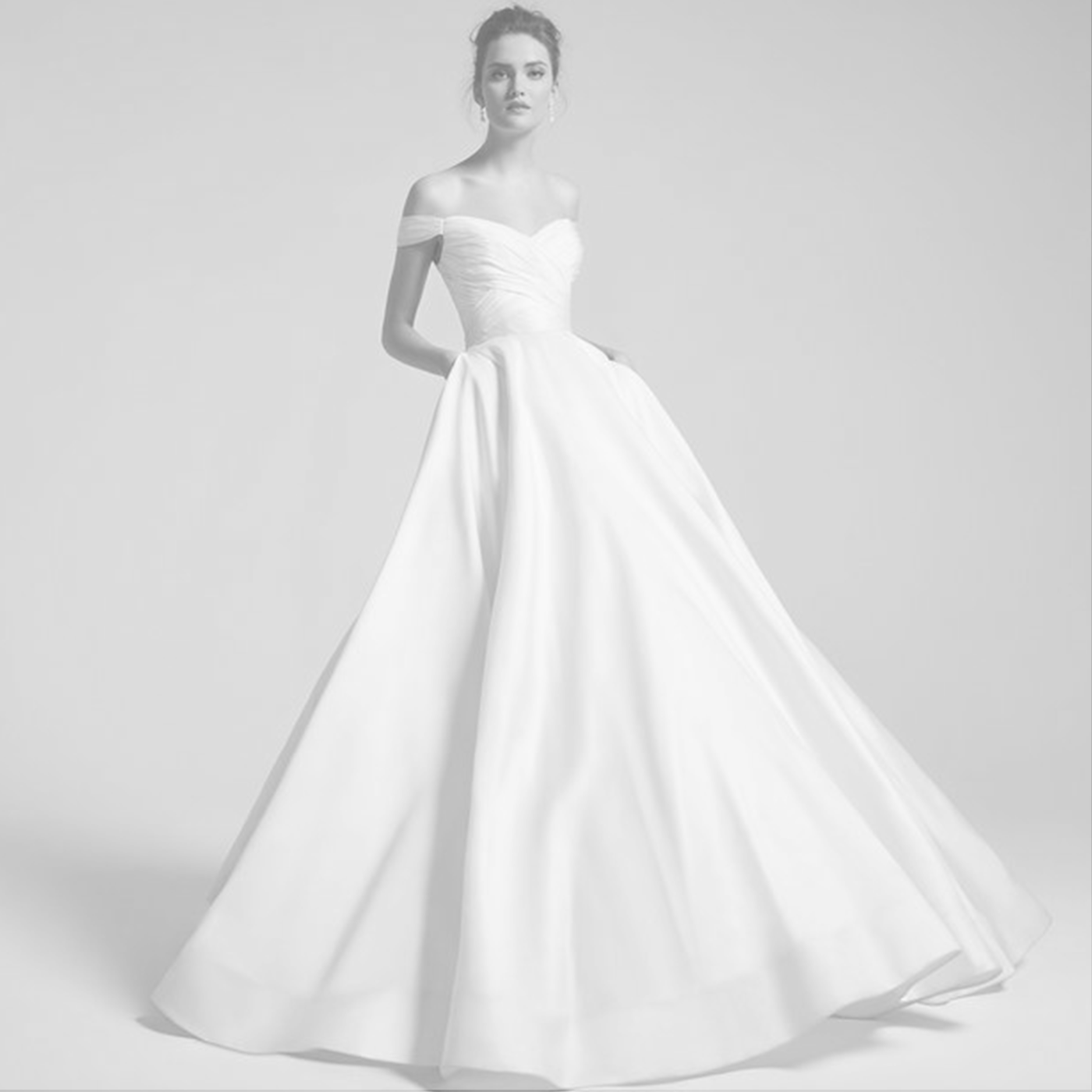 Anne Barge - Her crisp and classic designs partnered with luxurious fabrics and exquisite details make for a finished look that is refined, feminine, and classic. an elegant look with timeless appeal.starting at $3,000