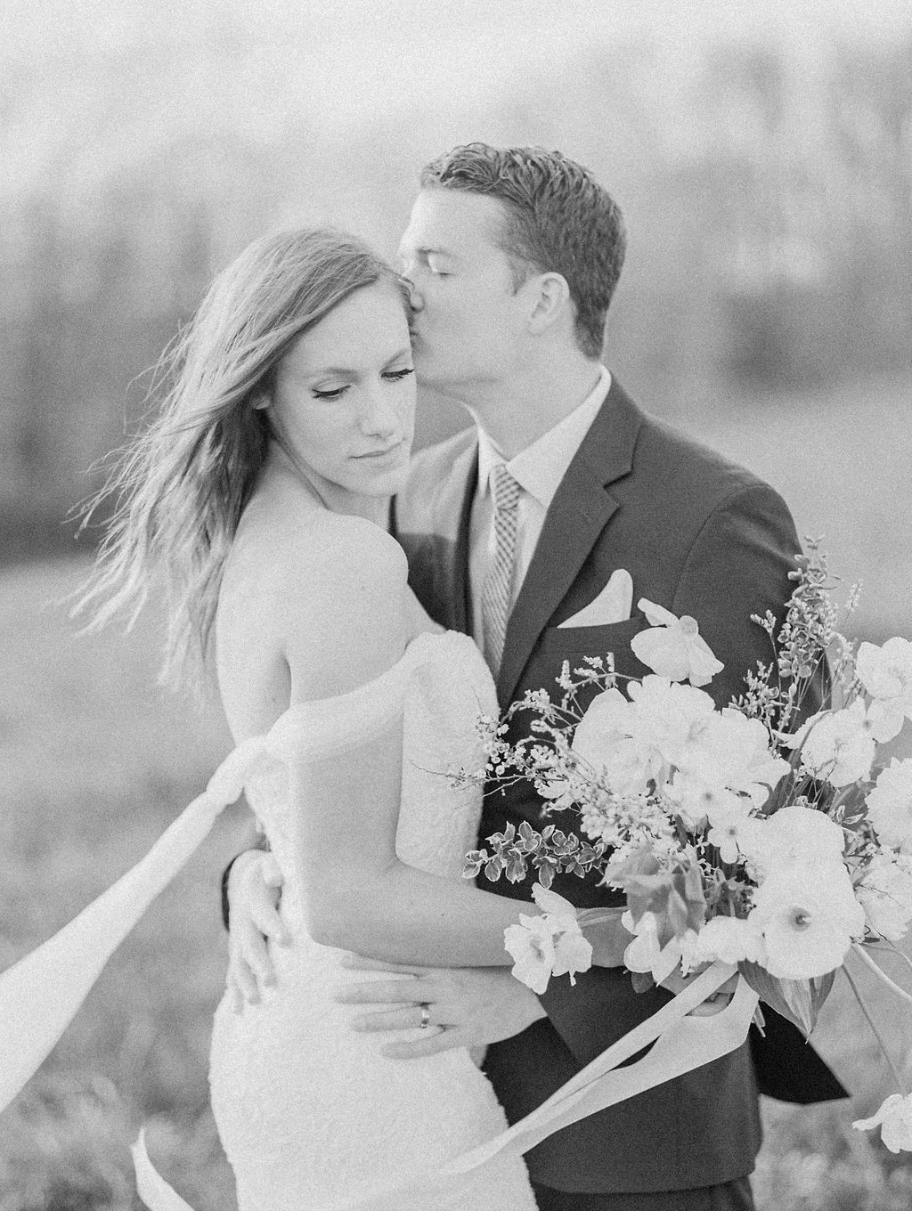 house-of-white-styled-shoot-indiana-anne-barge-kentucky-bride (8).jpg