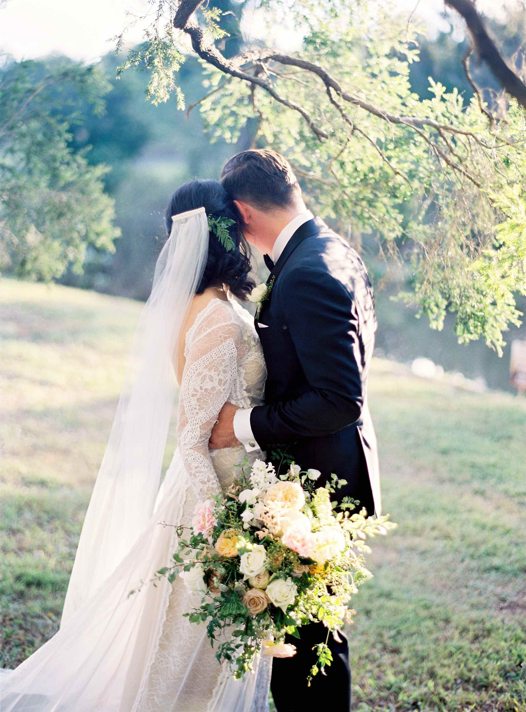 CHRISTINE + ANDREW - WED - BYRON LOVES FAWN399.jpg