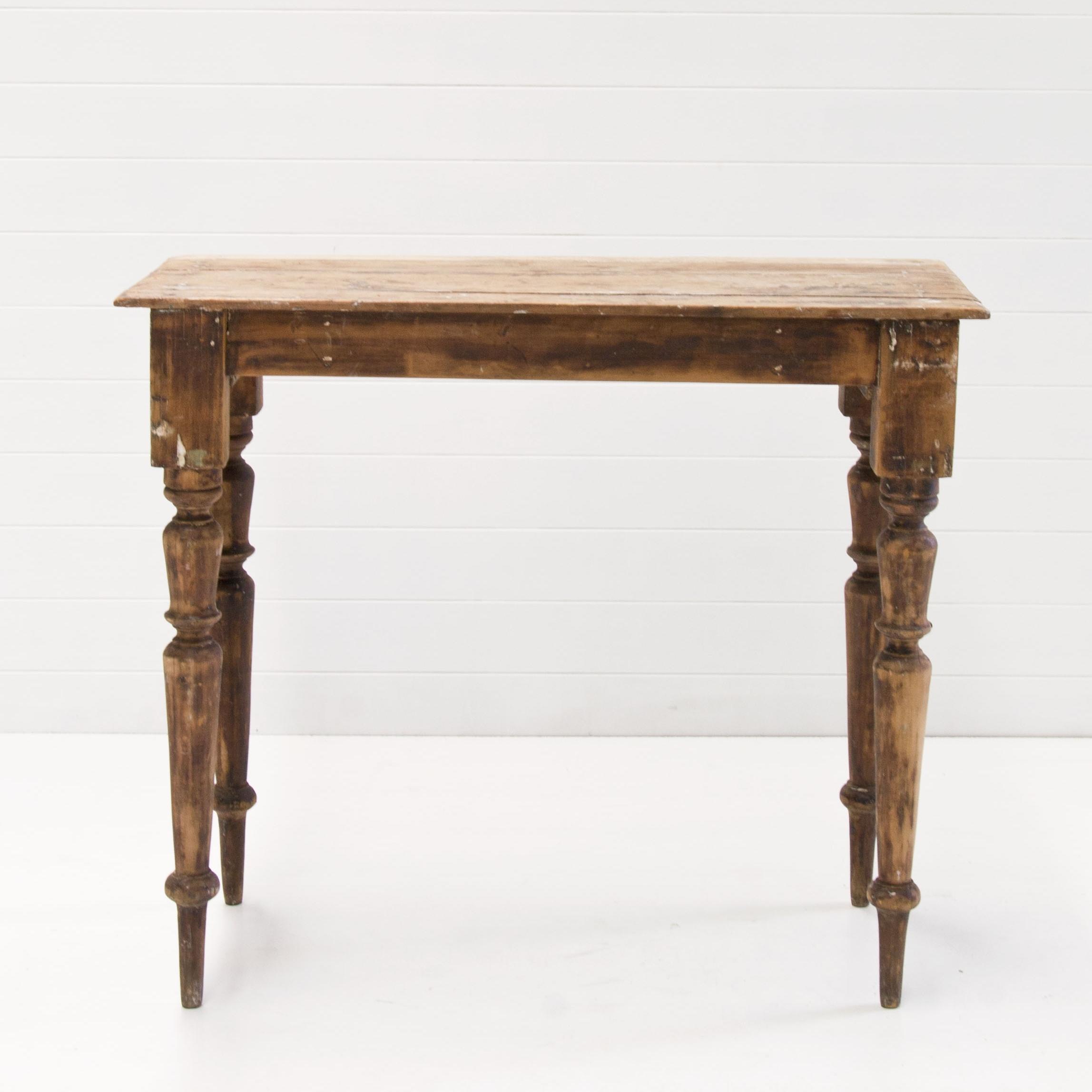 MABEL WOODEN VINTAGE TABLE