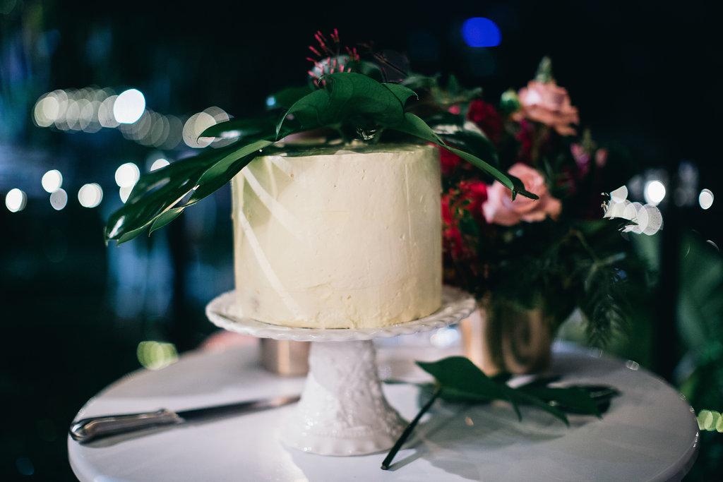 Real Wedding - Carmen and Nick | Gold Coast wedding venue | Hampton event hire | Wedding cake