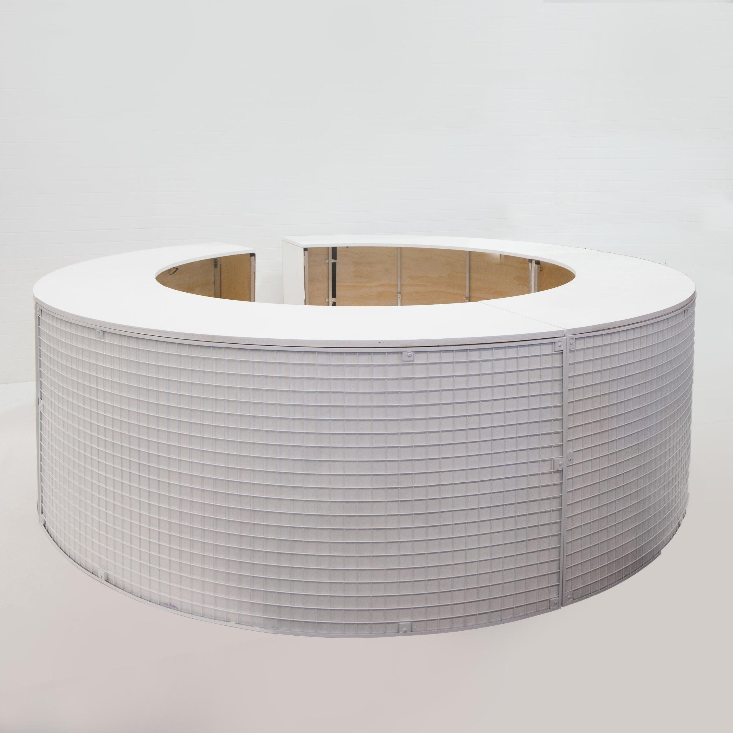 White wire round service bar