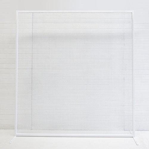 WHITE WIRE SOHO BACKDROP