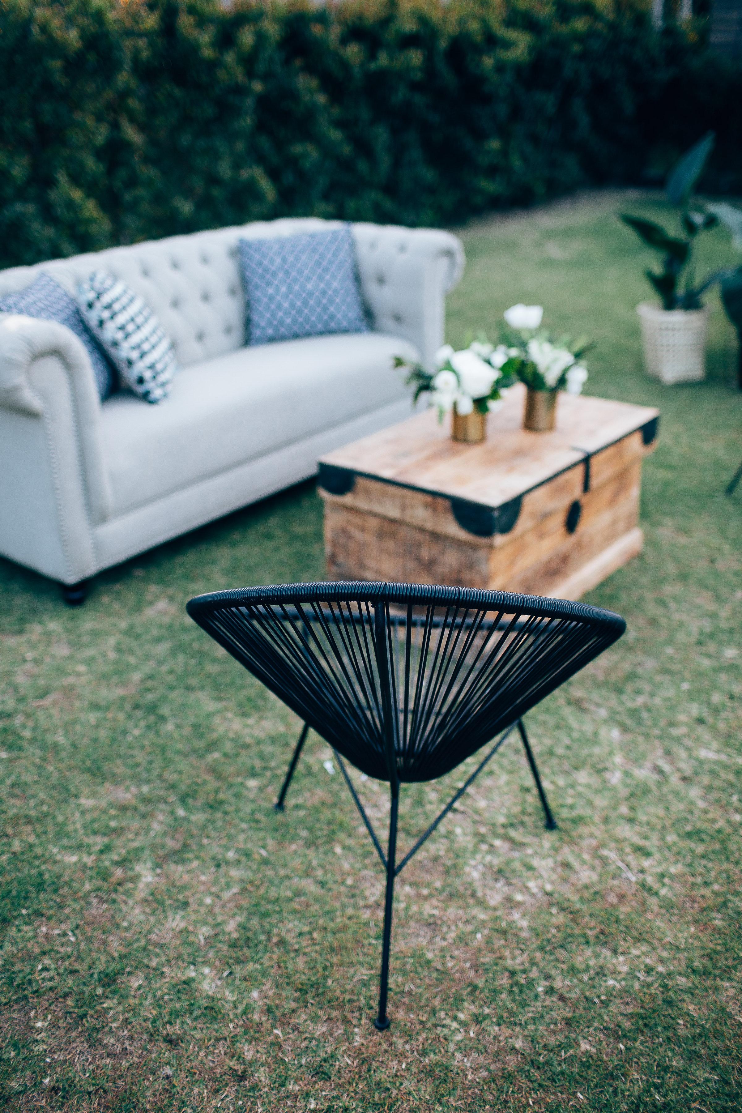 Black acapulco chairs 03.JPG