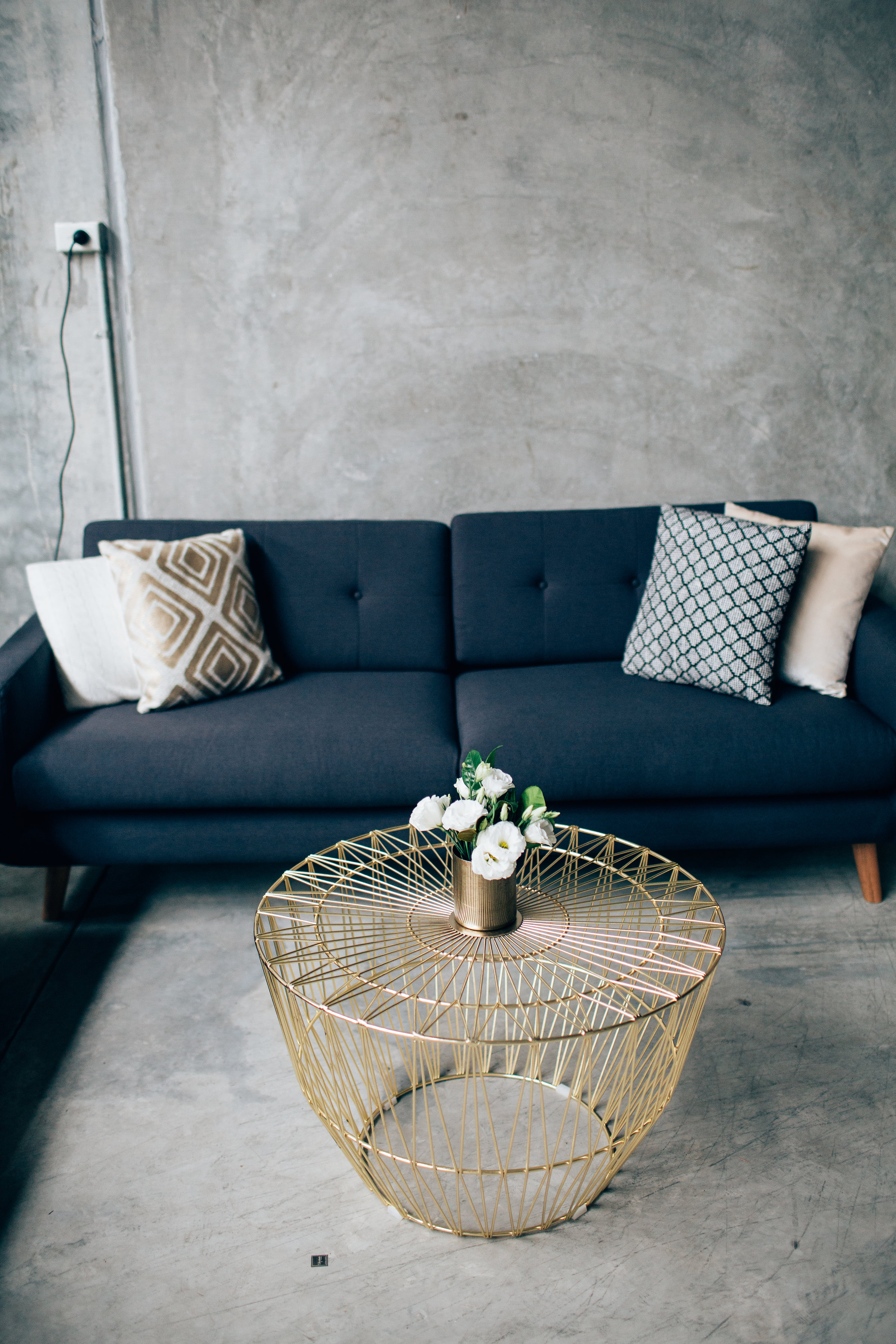 Black sofa 02.JPG