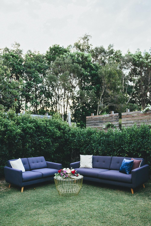 Black sofa 01.JPG