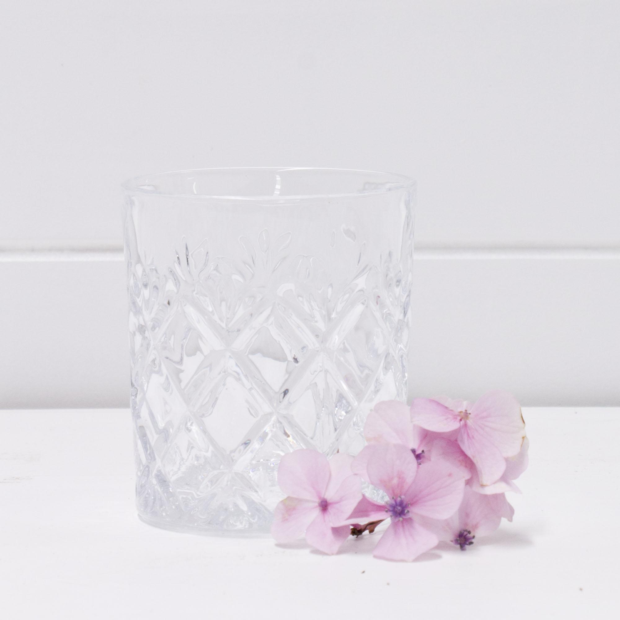 Decorative whisky glass