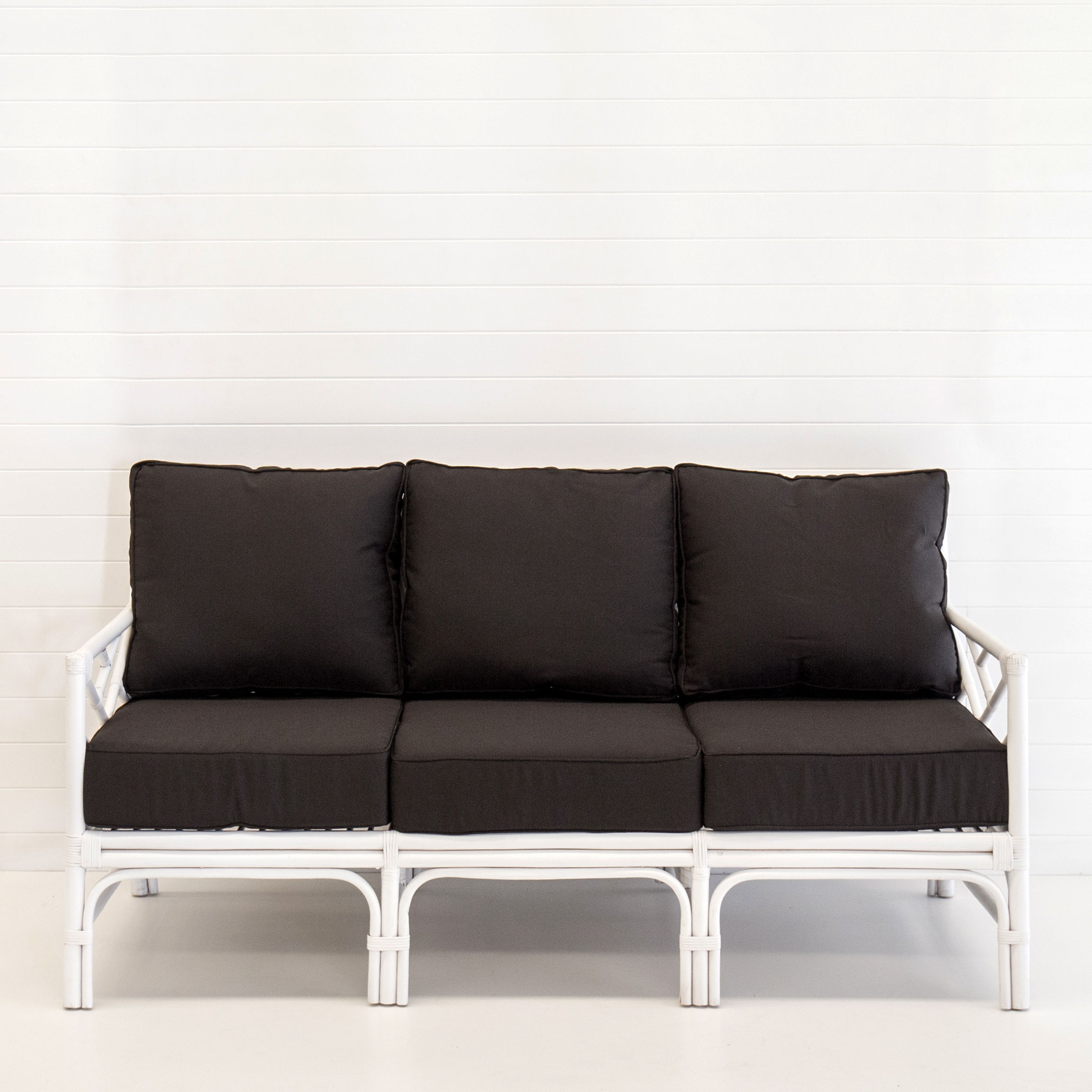 Hamptons white 3-seater sofa (with black cushions)