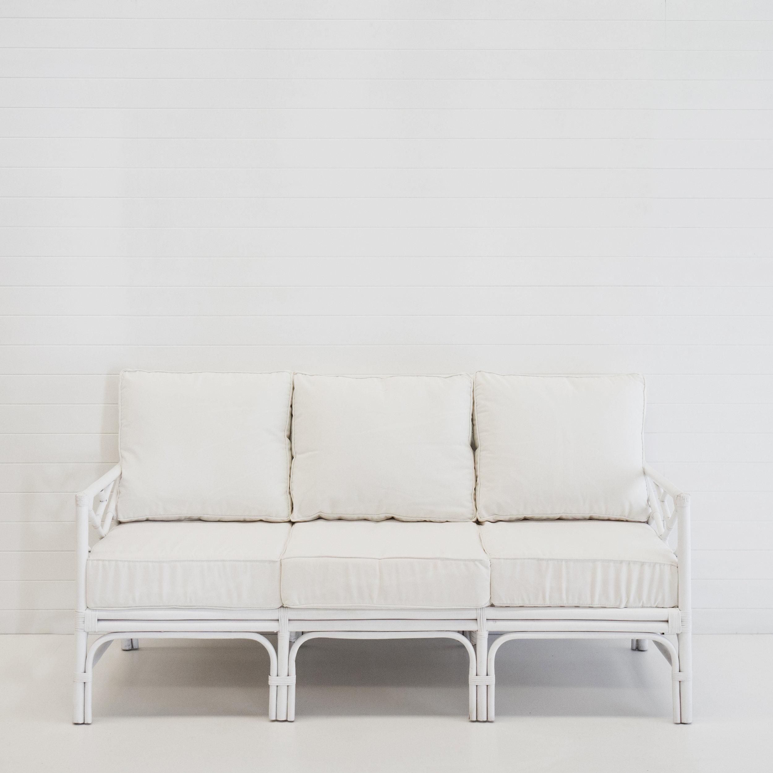 Hamptons white 3-seater sofa (with white cushions