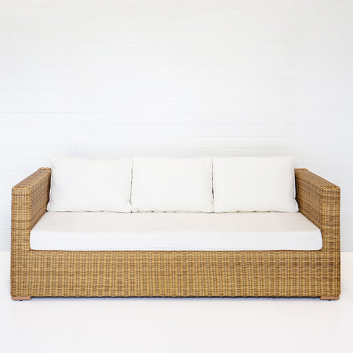 DUNE THREE-SEATER SOFA (WITH ARMS)