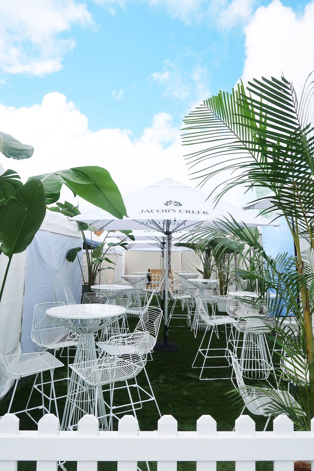 Byron Bay event furniture hire4.jpeg