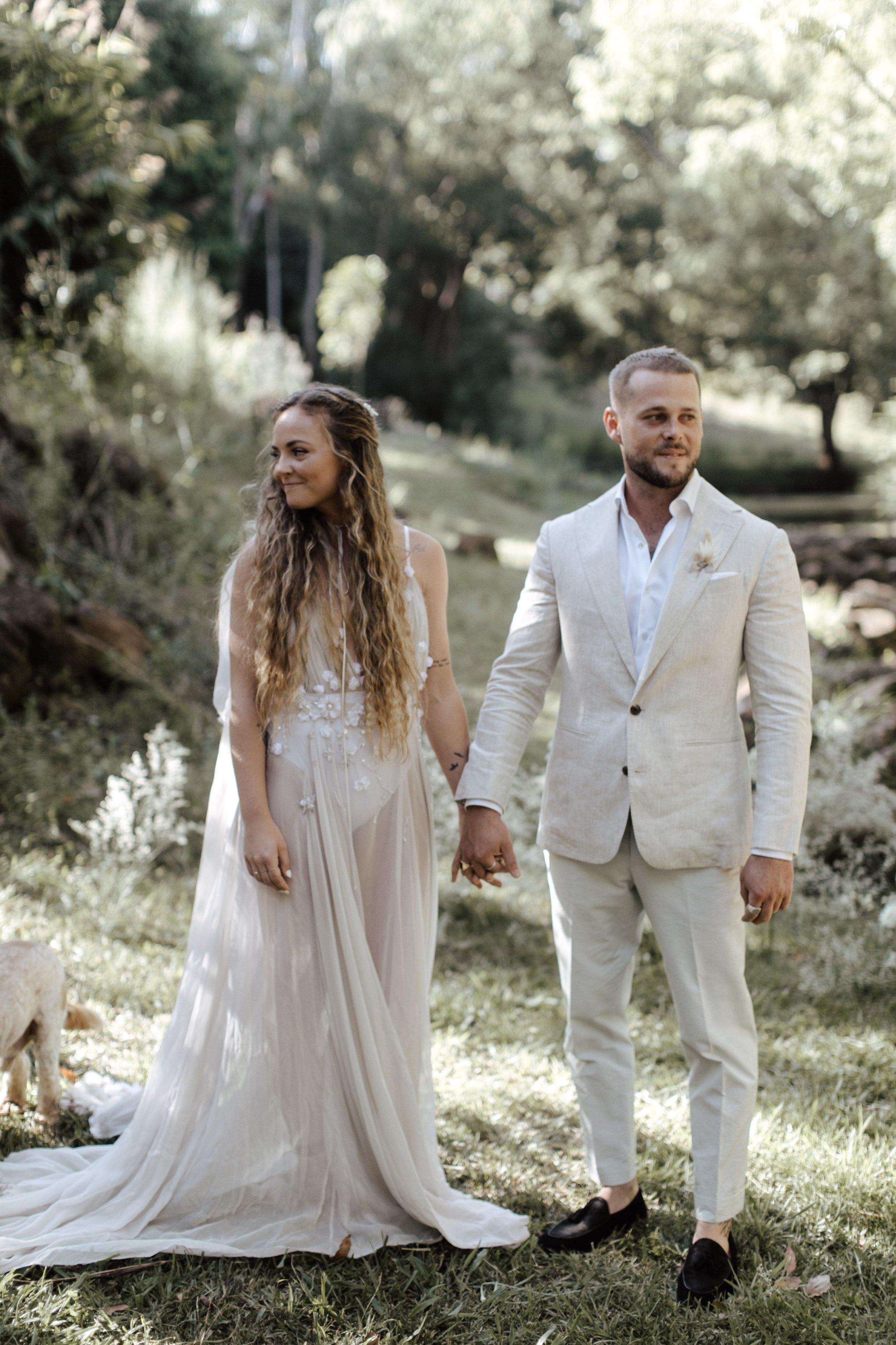 Clare Dann Wedding Friday Hut Road Estate NSW9.jpeg