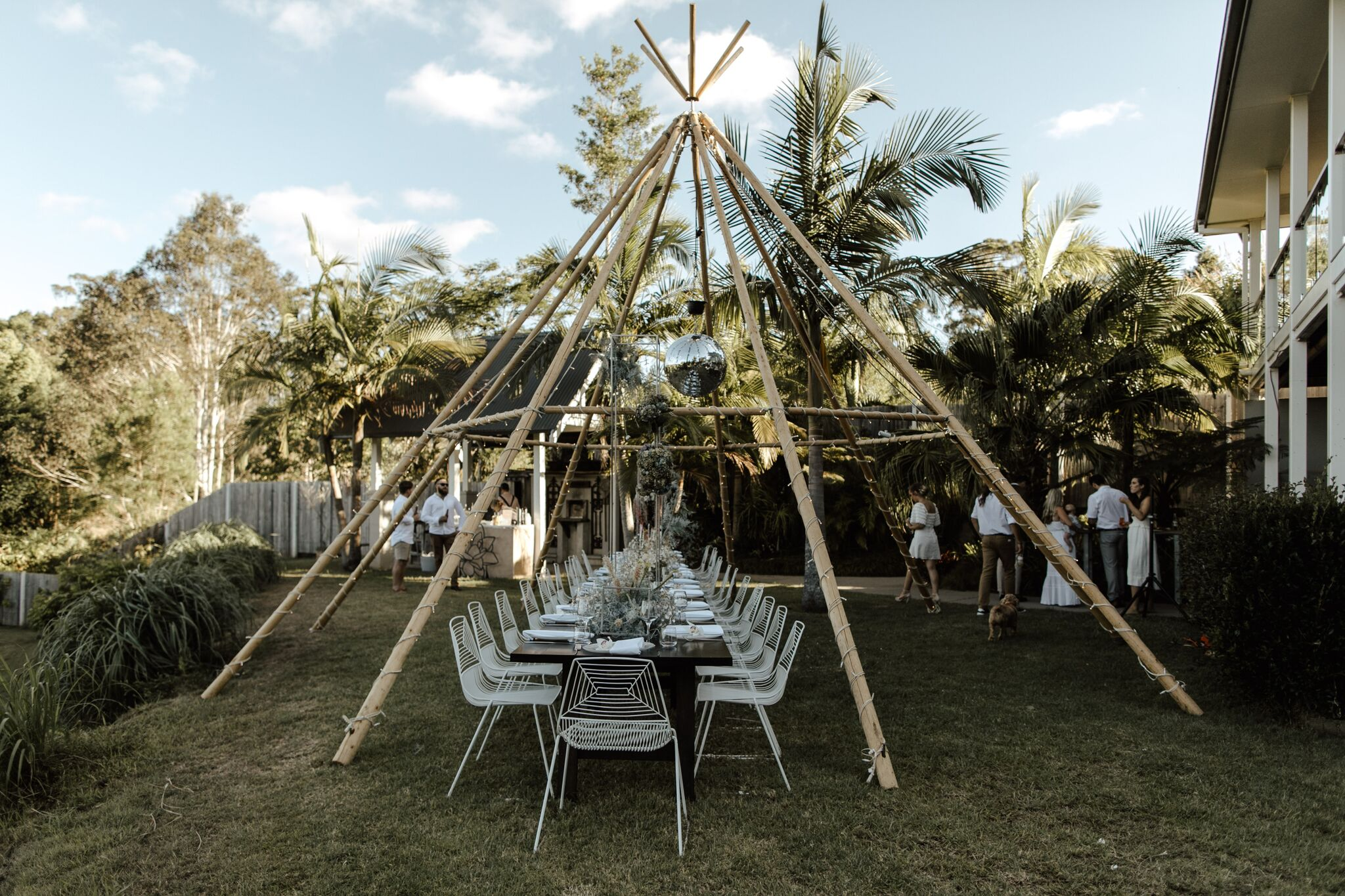 A disco-inspired Byron Bay wedding surrounded by nature at Friday Hut Road | Hampton Event Hire, Wedding and Event Hire | Fleur & Threads | Photo by Jimmy Raper