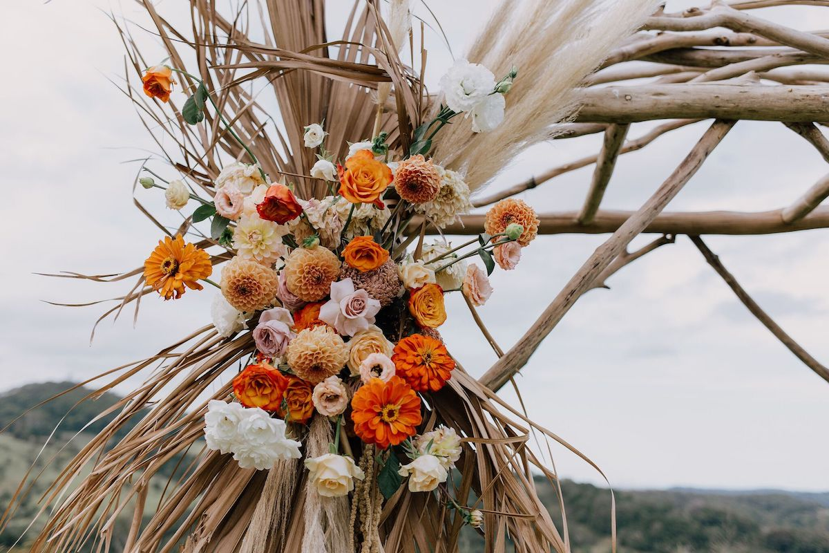Image via  Kirk Willcox  / Florals by  Hello Flora