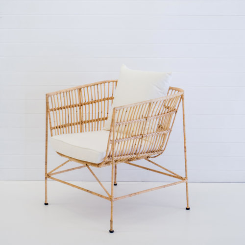 INDIE NATURAL ARMCHAIR WITH WHITE CUSHIONS