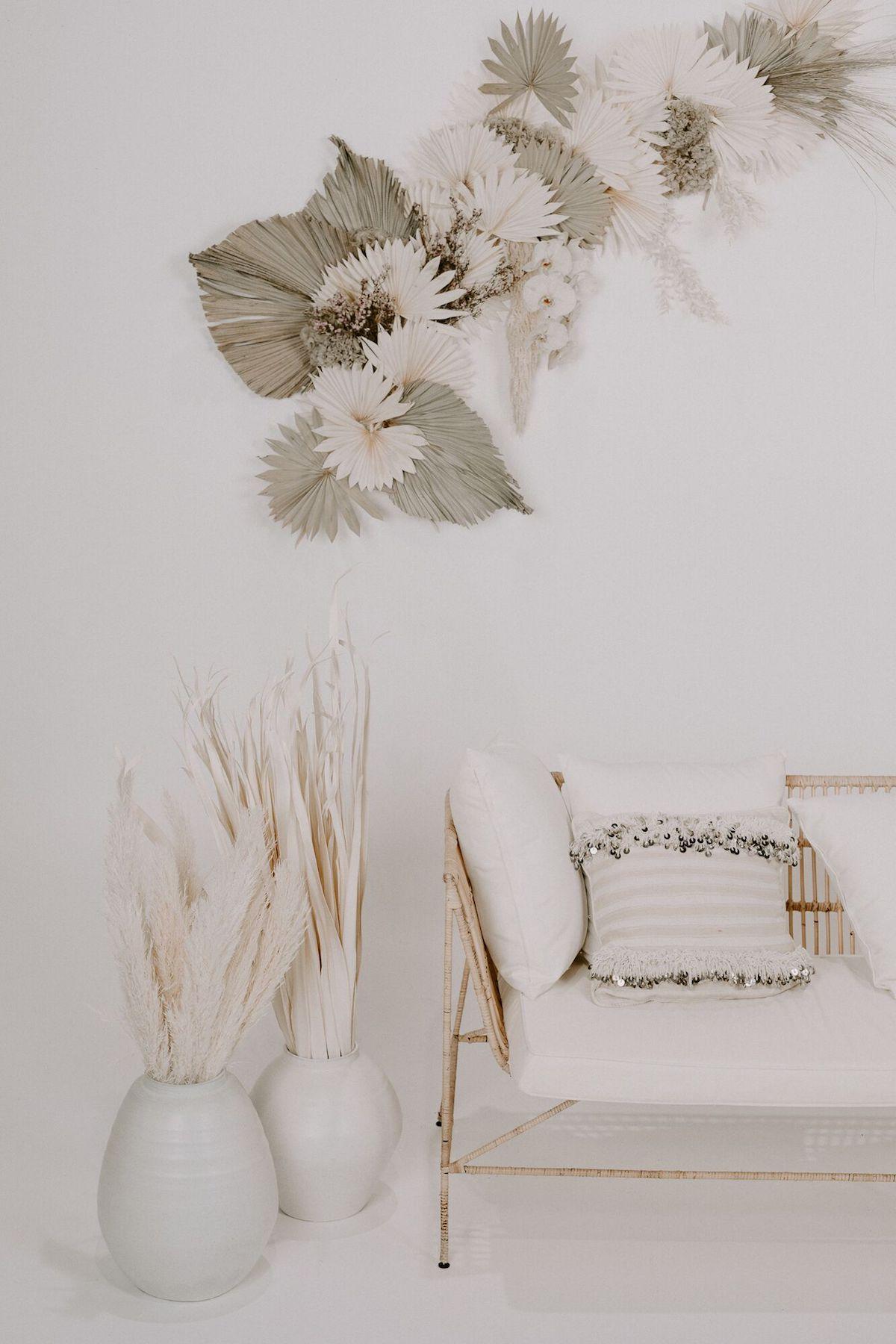 White on White Wedding Styling Inspiration14.jpeg