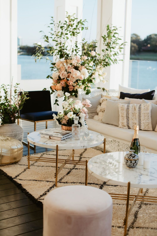 Modern Luxe Cocktail Wedding Styling Ideas1.jpeg