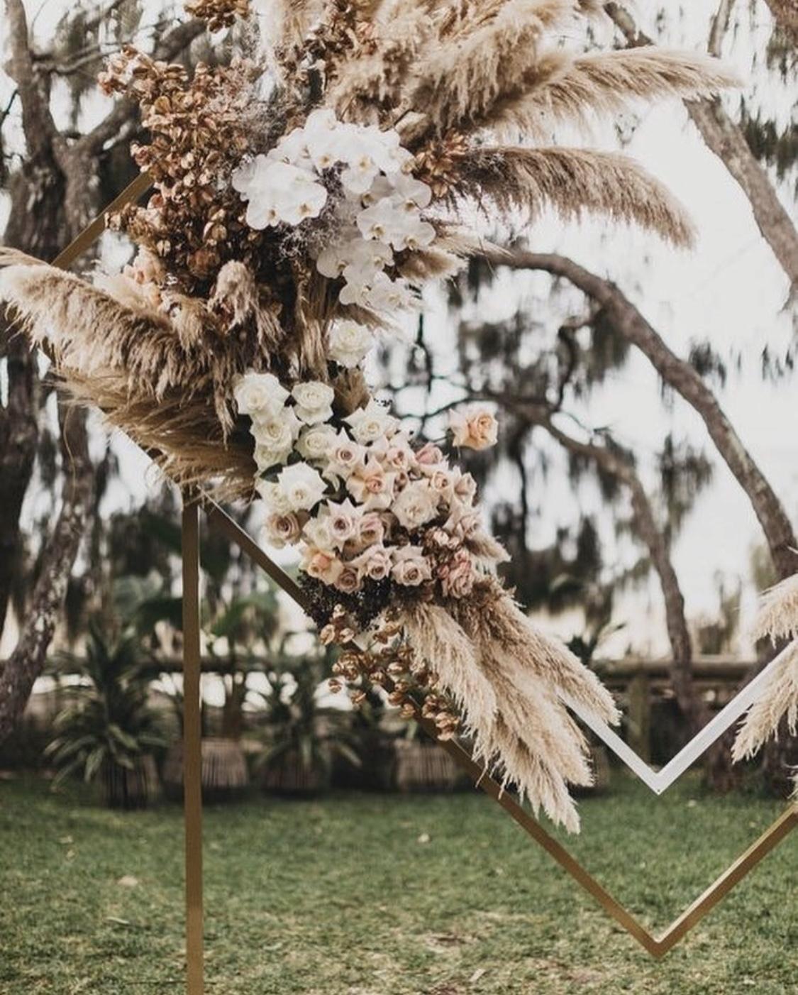 Creative wedding backdrop ideas inspiration hire10.jpg
