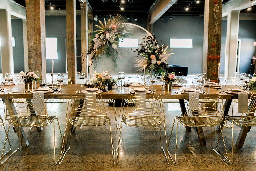 Image via    Kate Robinson    / Styled by    White + White Weddings