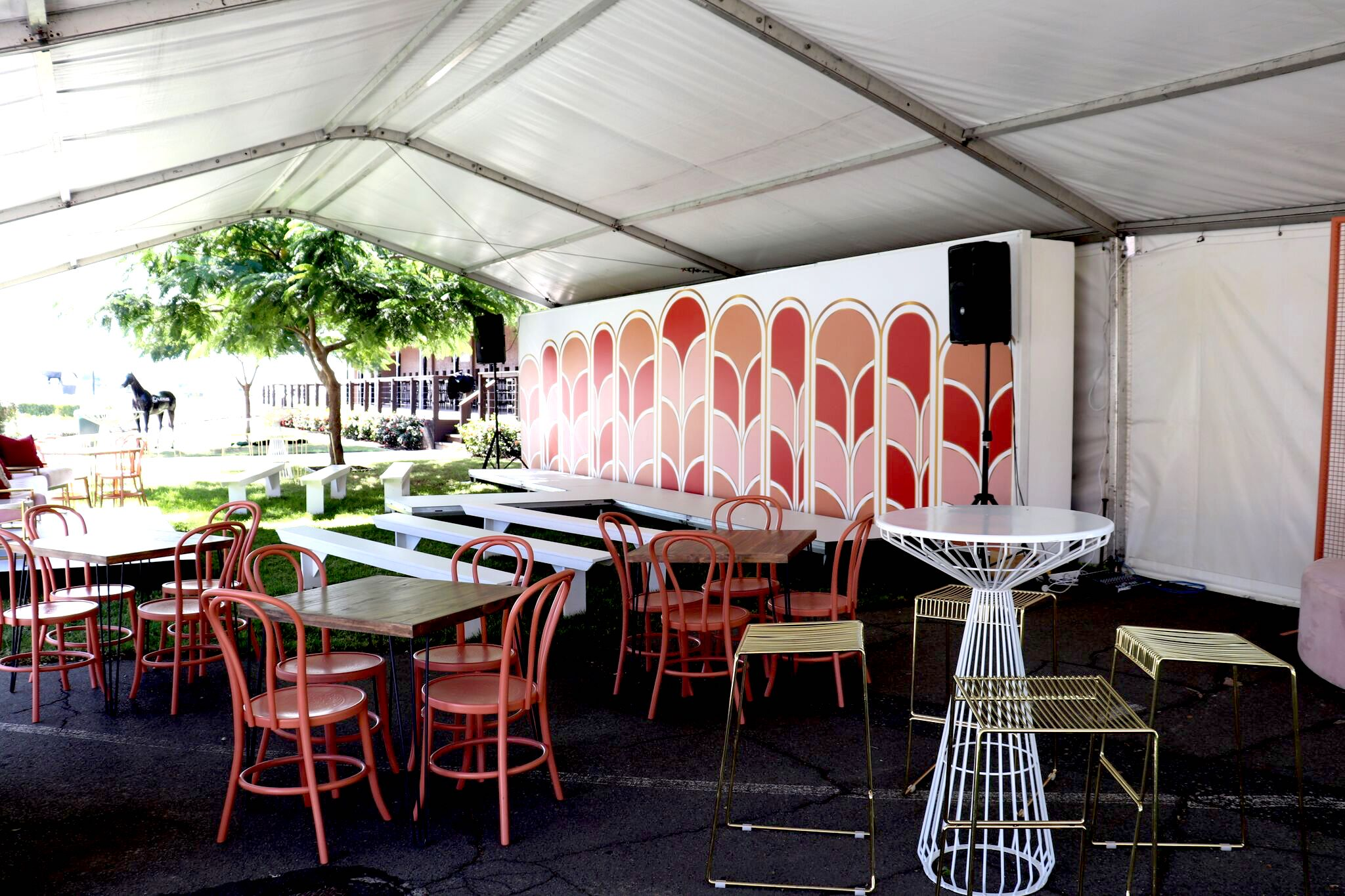 Brisbane event furniture hire2.jpeg
