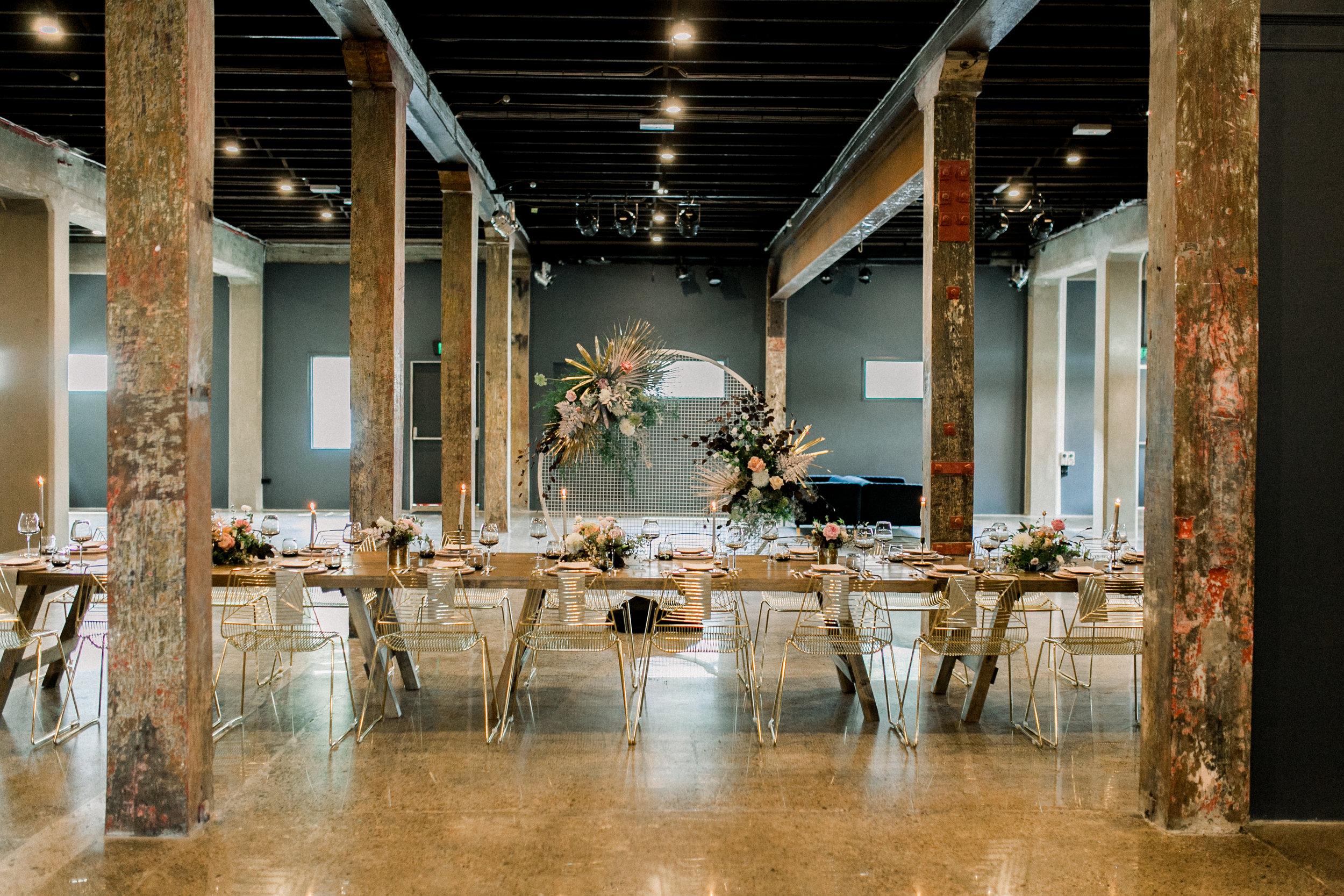 Images:    Kate Robinson Photo    / Styling:    White White Weddings