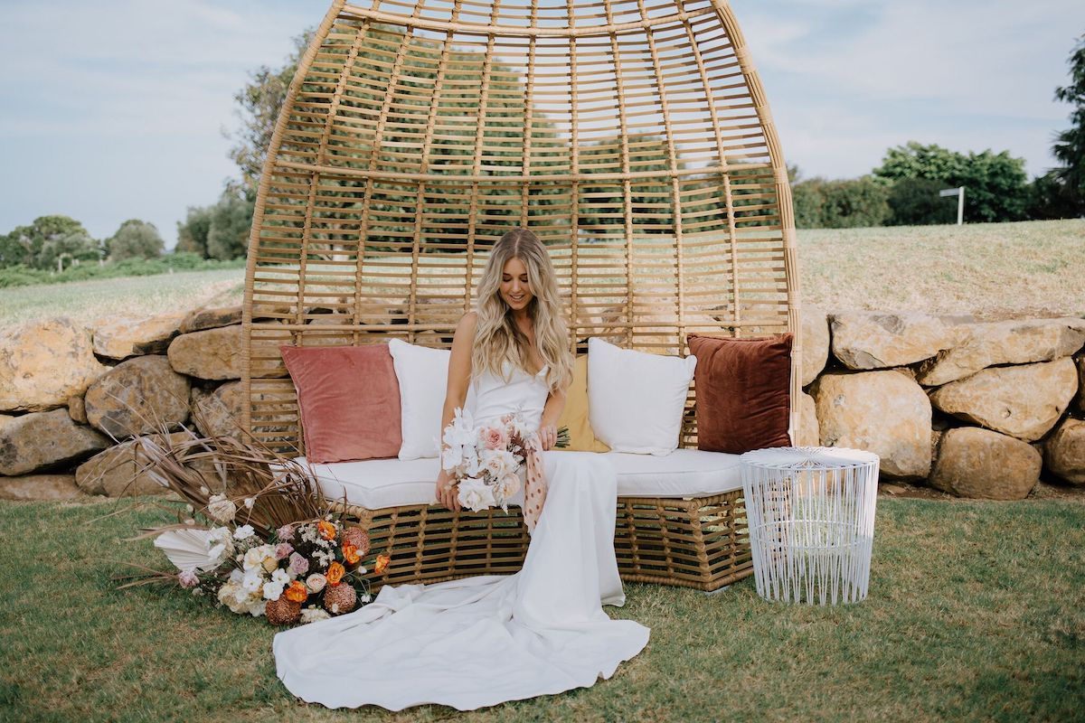 Image via    Kirk Willcox    / Styled by    Ivy & Bleu Events
