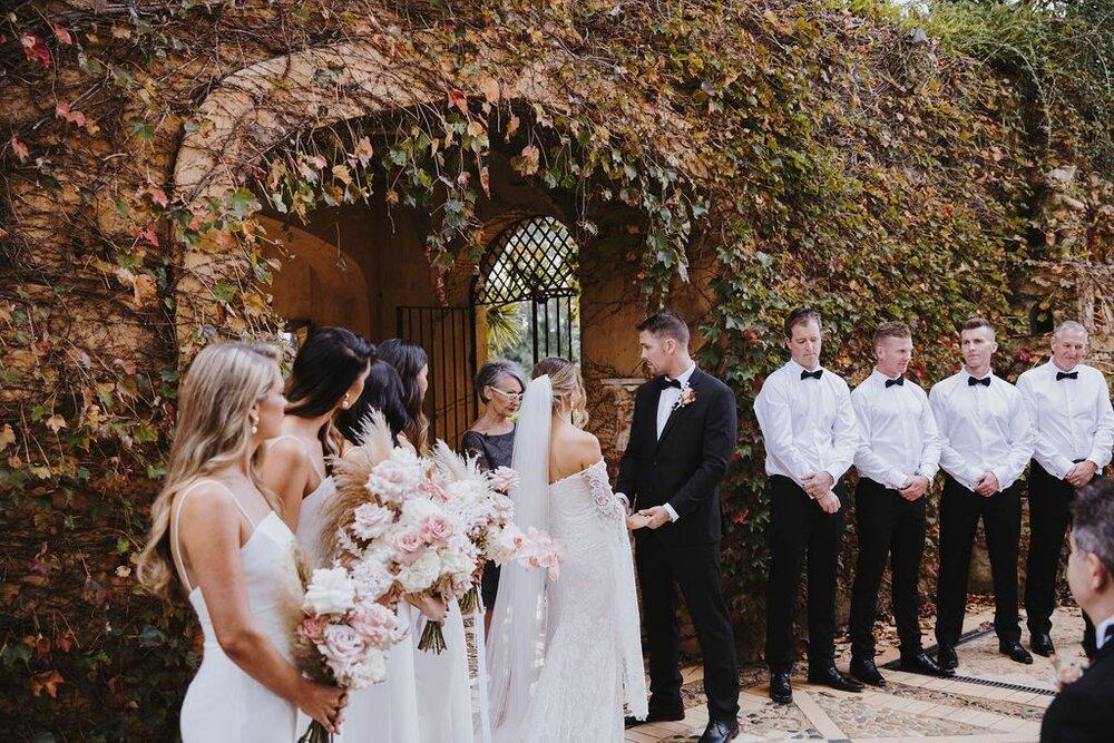 Mark Bena Deux Belettes Byron Bay Wedding16.jpeg