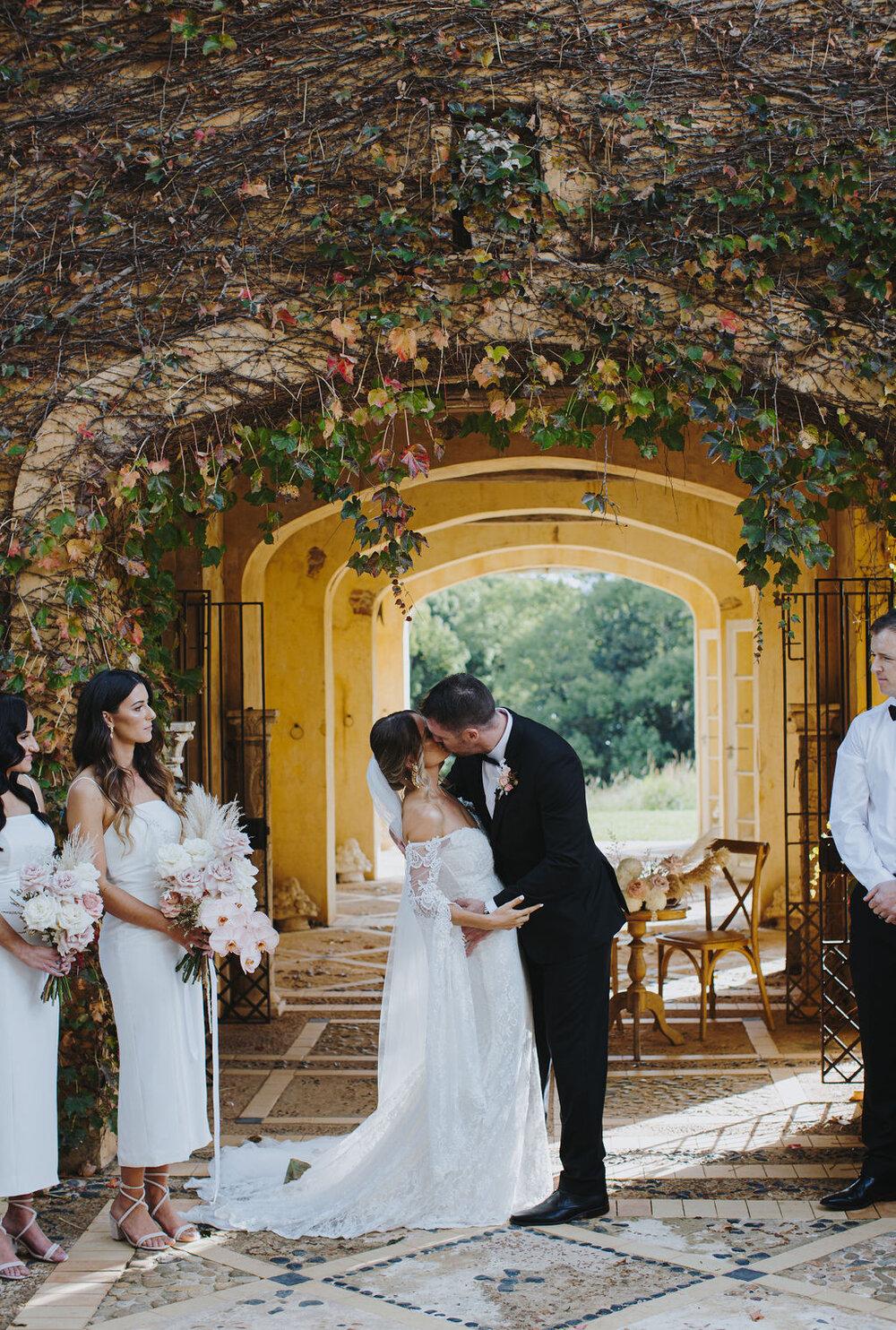Mark Bena Deux Belettes Byron Bay Wedding10.jpg