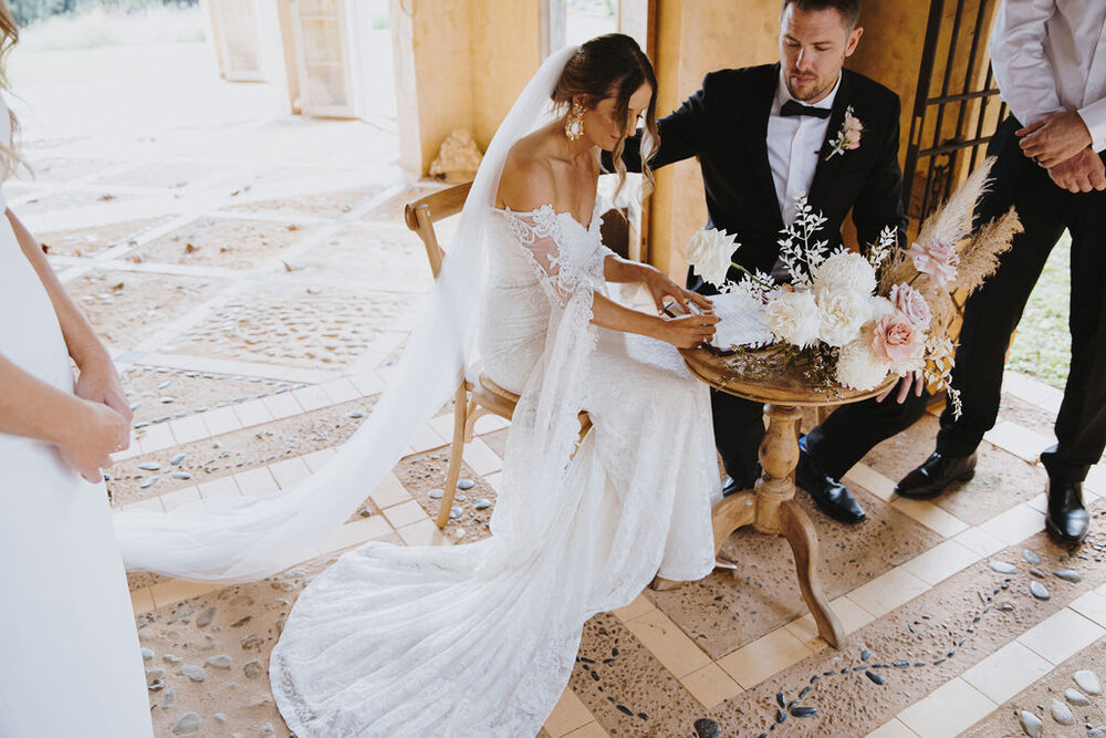 Mark Bena Deux Belettes Byron Bay Wedding8.jpg