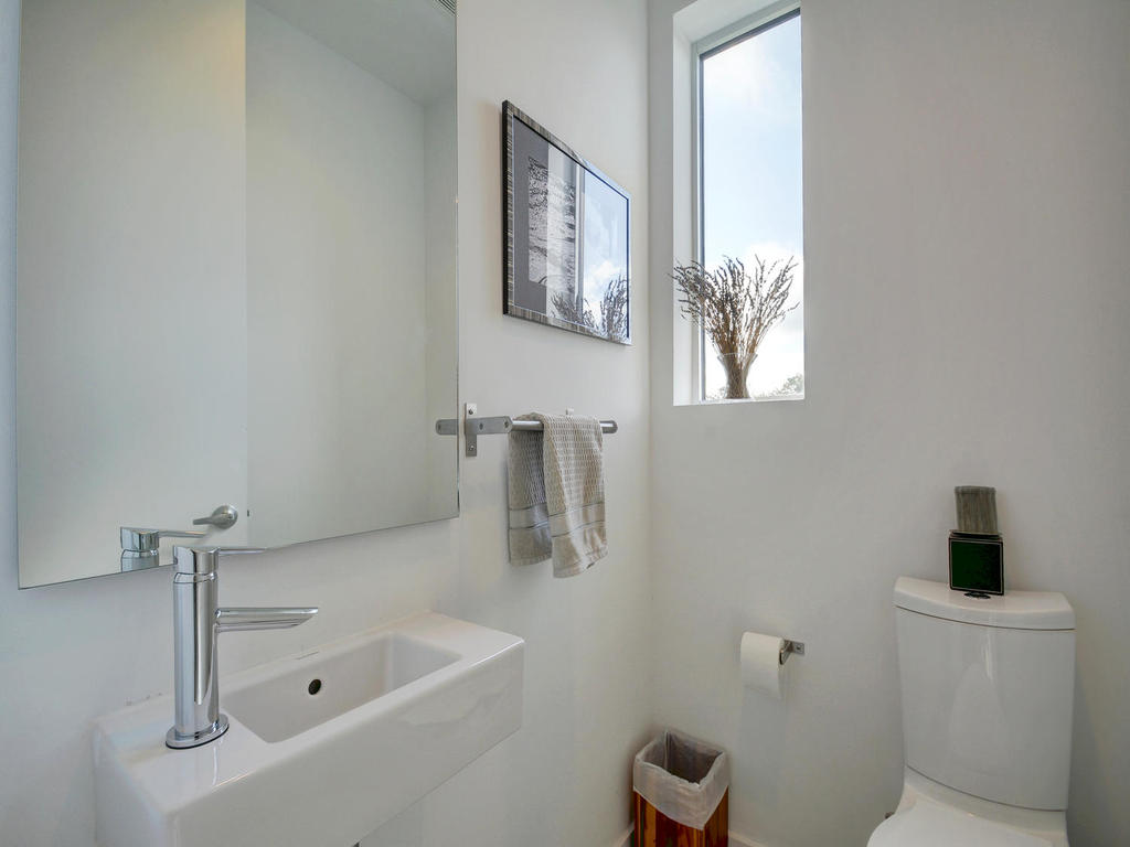 2301 S 5th St 22-MLS_Size-023-Other Beds and Baths 435-1024x768-72dpi.jpg
