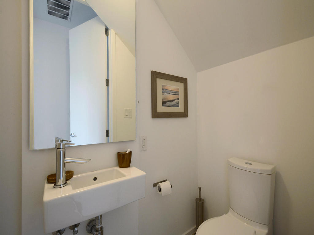 2301 S 5th St 22-MLS_Size-025-Other Beds and Baths 433-1024x768-72dpi.jpg