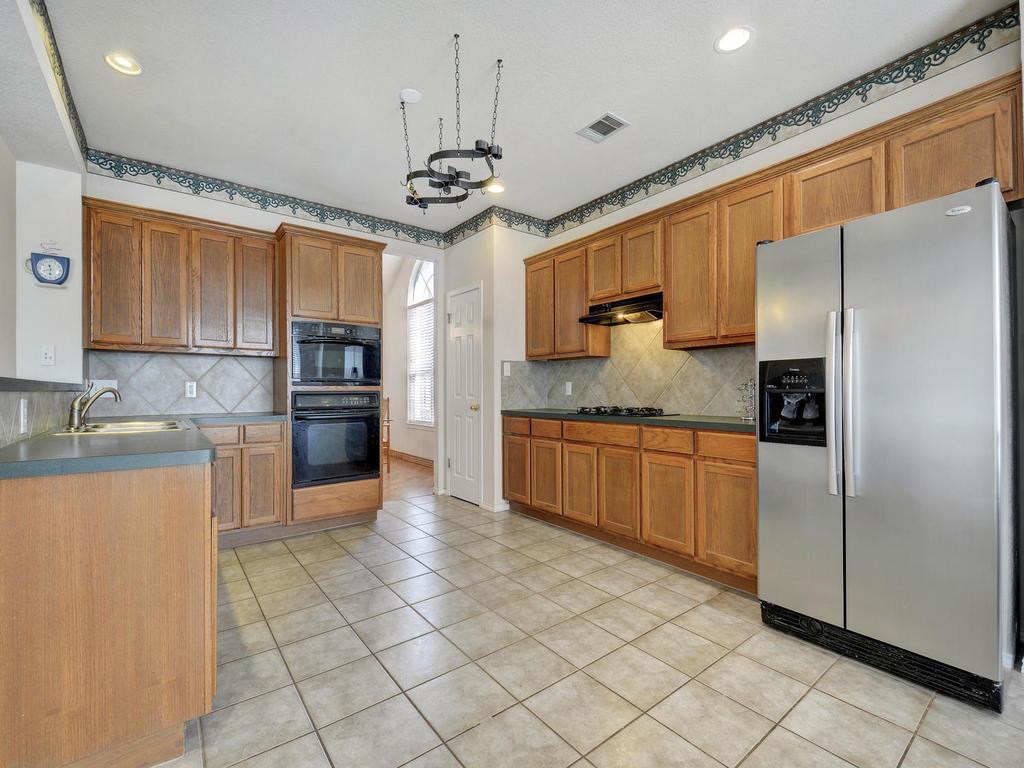11621 Arbor Downs Rd-MLS_Size-013-12-Kitchen and Breakfast 081-1024x768-72dpi.jpg