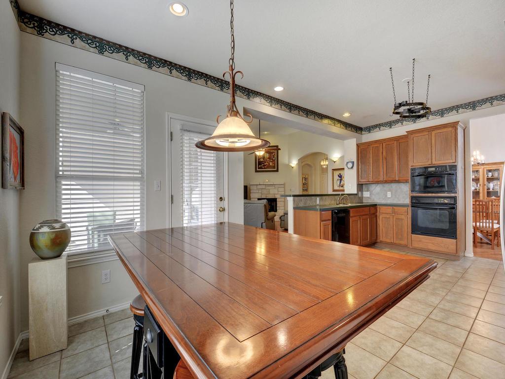 11621 Arbor Downs Rd-MLS_Size-010-30-Kitchen and Breakfast 077-1024x768-72dpi.jpg