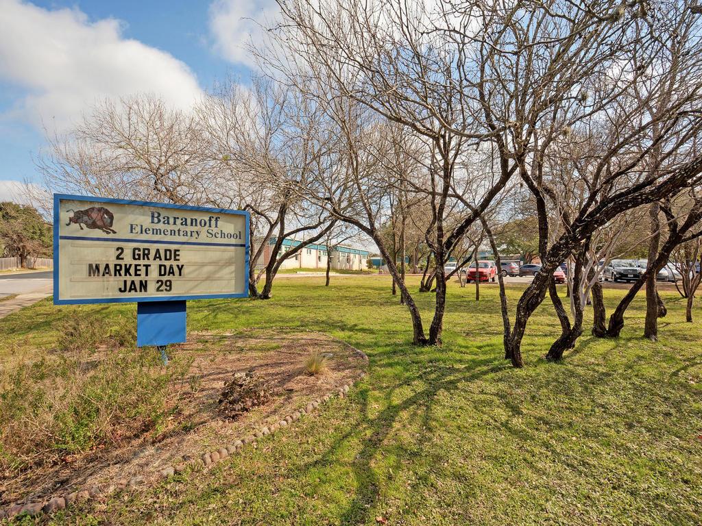 11621 Arbor Downs Rd-MLS_Size-030-29-Recreation Areas 633-1024x768-72dpi.jpg