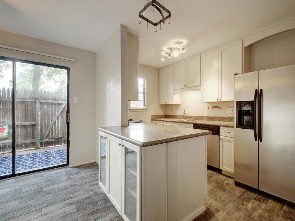 4159 Steck Ave Unit 181-MLS_Size-011-17-Family Kitchen Dining 913-1024x768-72dpi.jpg