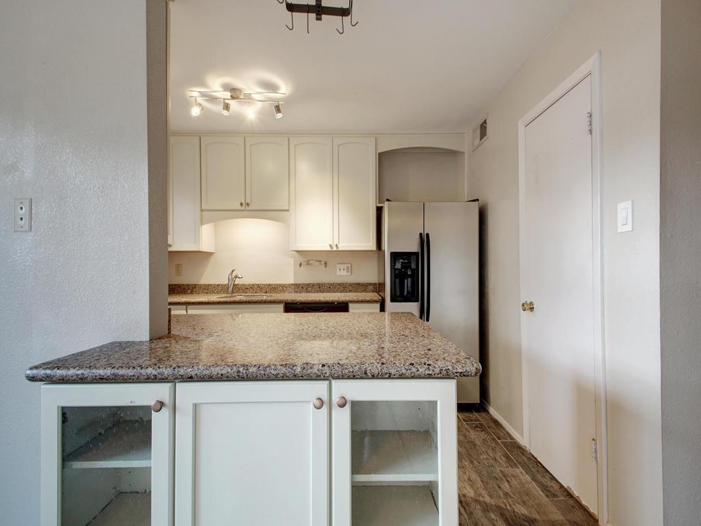 4159 Steck Ave Unit 181-MLS_Size-012-8-Family Kitchen Dining 914-1024x768-72dpi.jpg