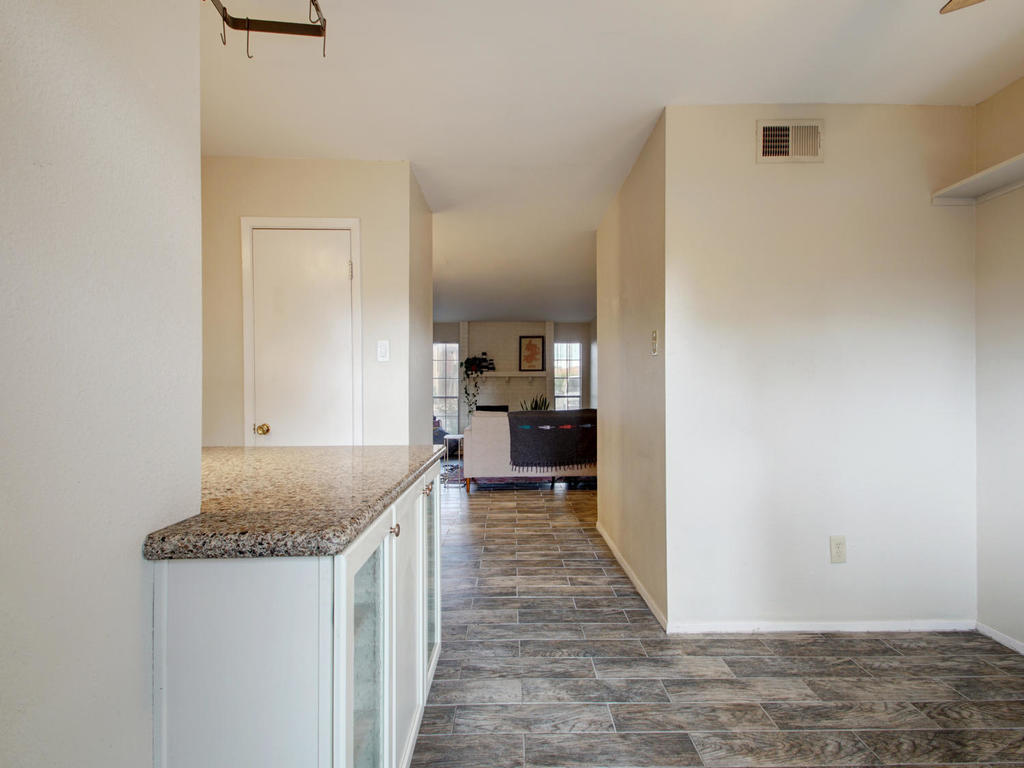 4159 Steck Ave Unit 181-MLS_Size-019-7-Family Kitchen Dining 921-1024x768-72dpi.jpg