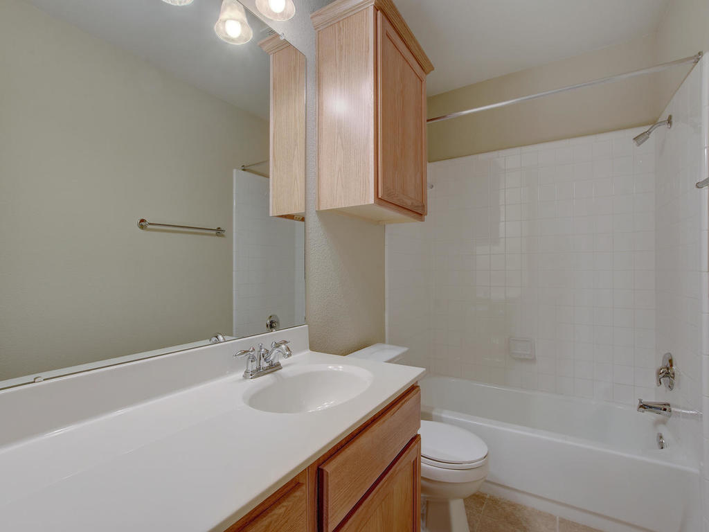 21910 Moffat Dr-MLS_Size-022-5-Other Beds and Baths 3274-1024x768-72dpi.jpg