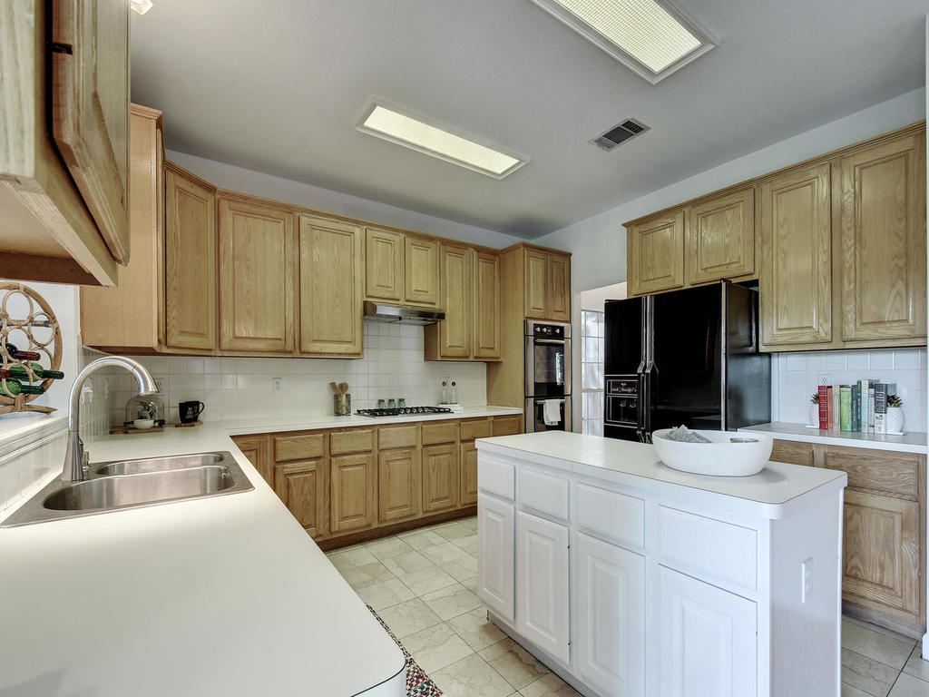 5325 Dry Wells Rd-MLS_Size-012-16-Kitchen and Breakfast 057-1024x768-72dpi.jpg
