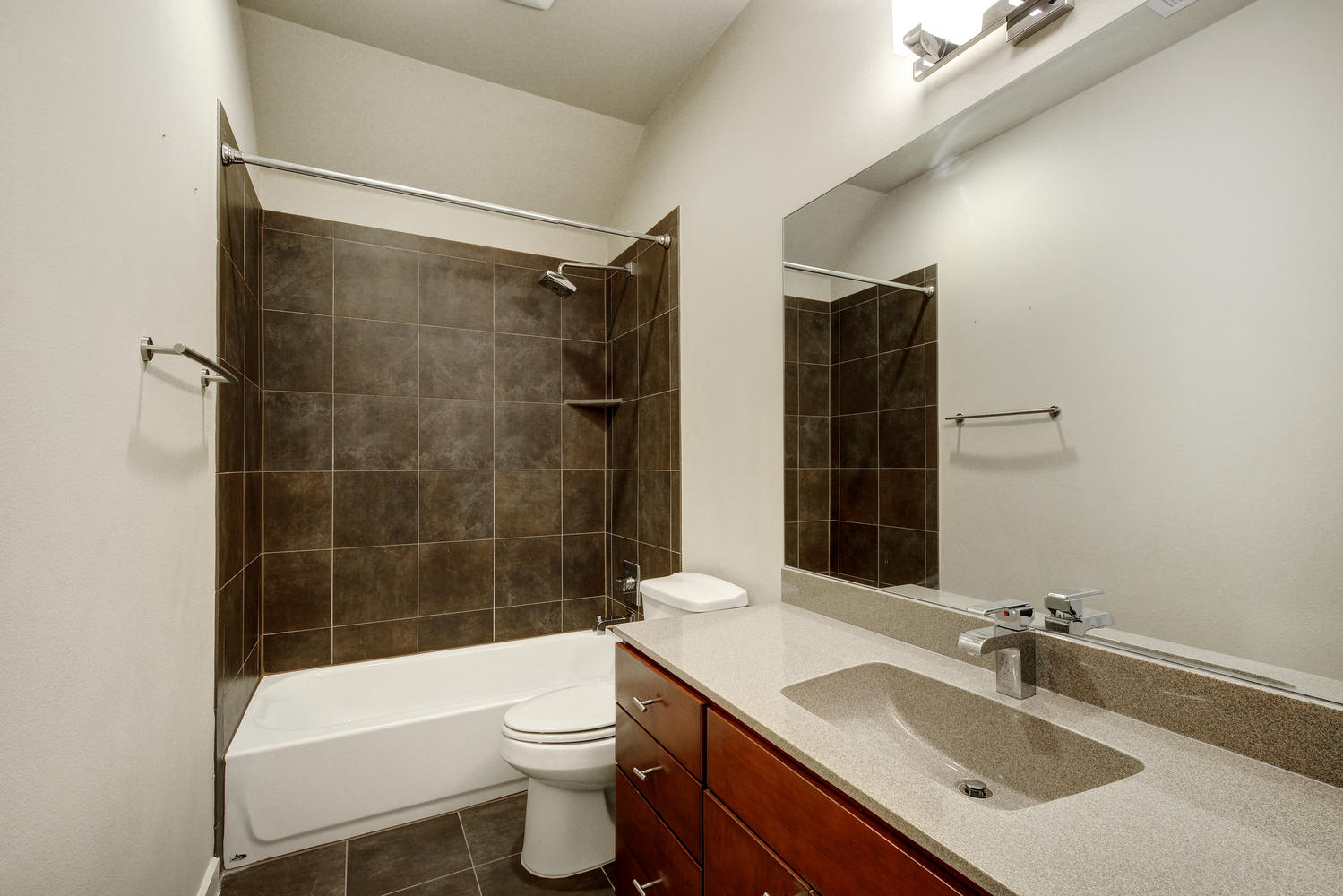2909 Corbin Ln-large-026-13-Other Beds and Baths 003-1499x1000-72dpi.jpg